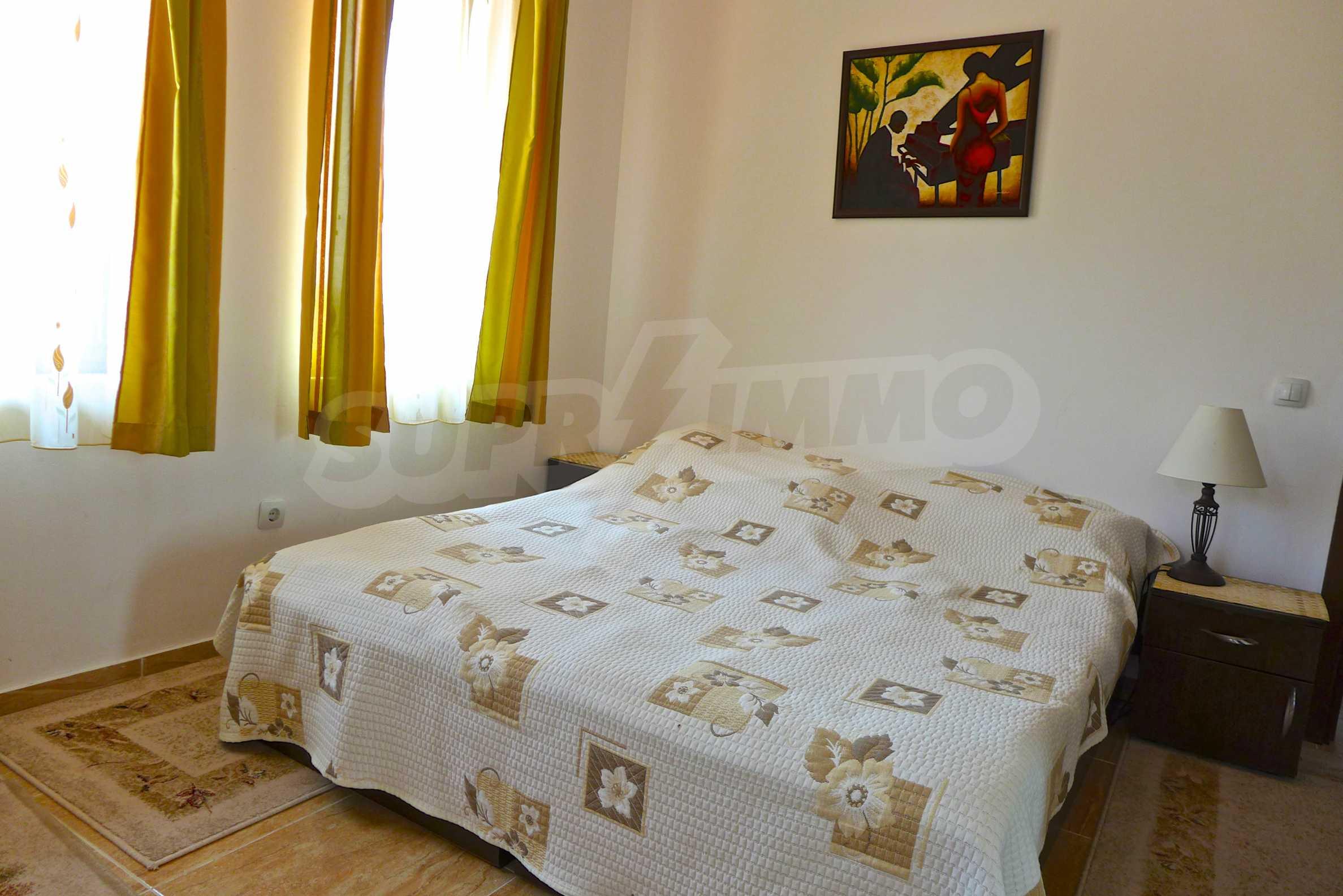"""Elegante Wohnung in einem Komplex am Strand in der Nähe von """"Marina Dinevi"""" 15"""