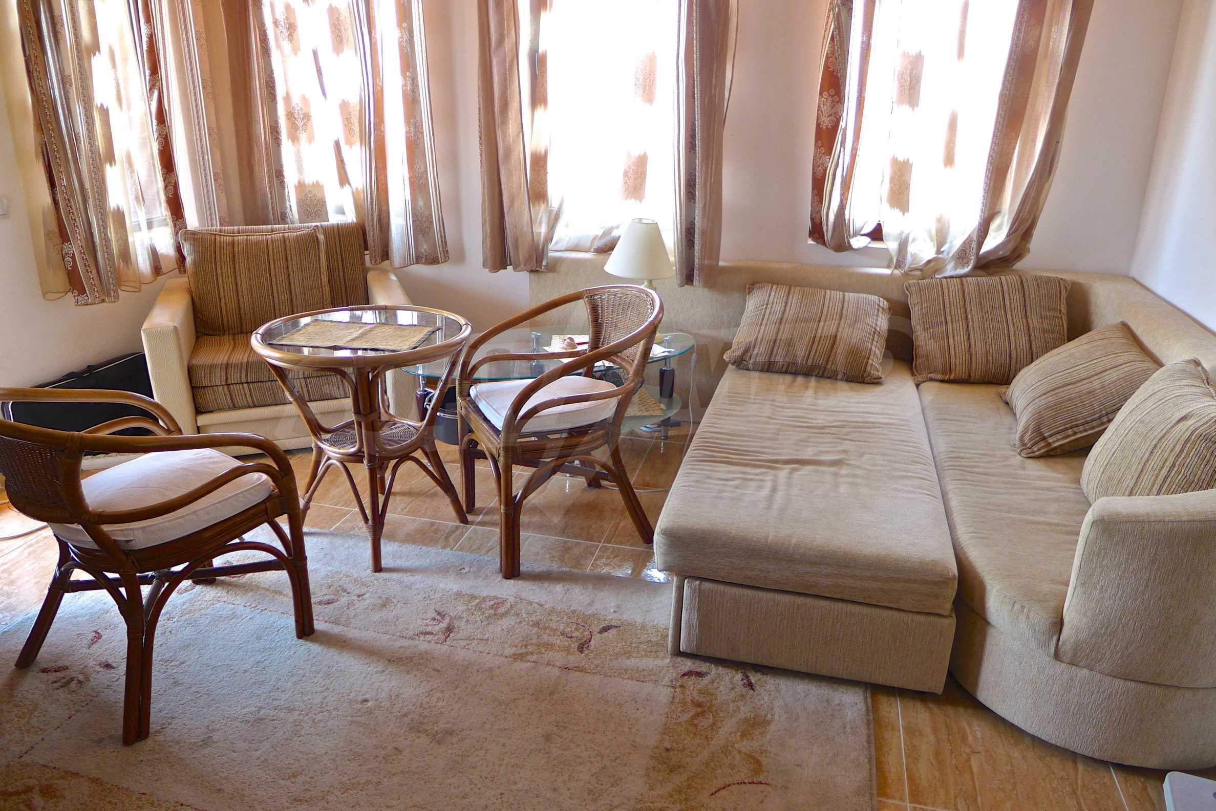 """Elegante Wohnung in einem Komplex am Strand in der Nähe von """"Marina Dinevi"""" 6"""