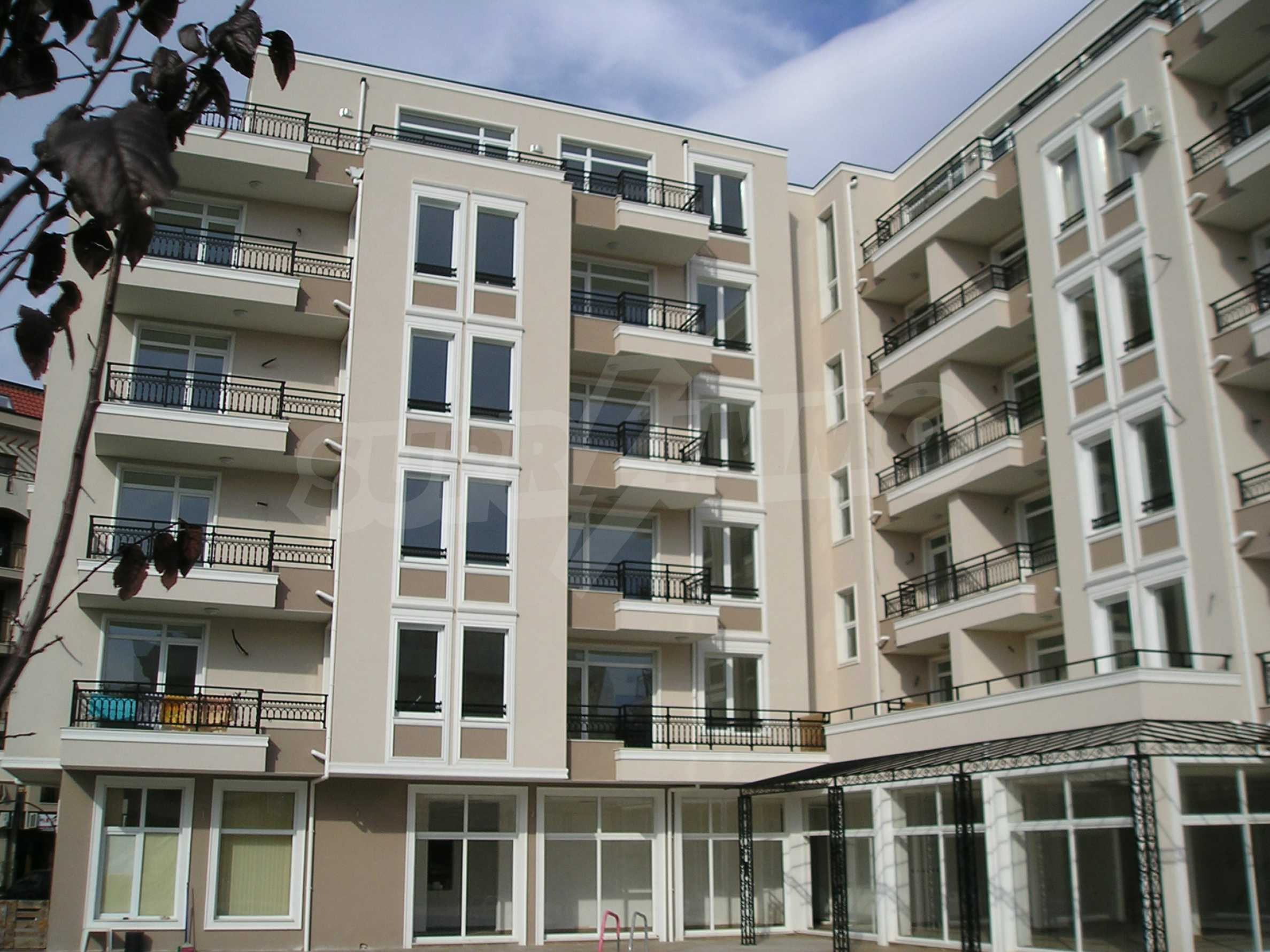 Premier residence complex in Sunny Beach 1