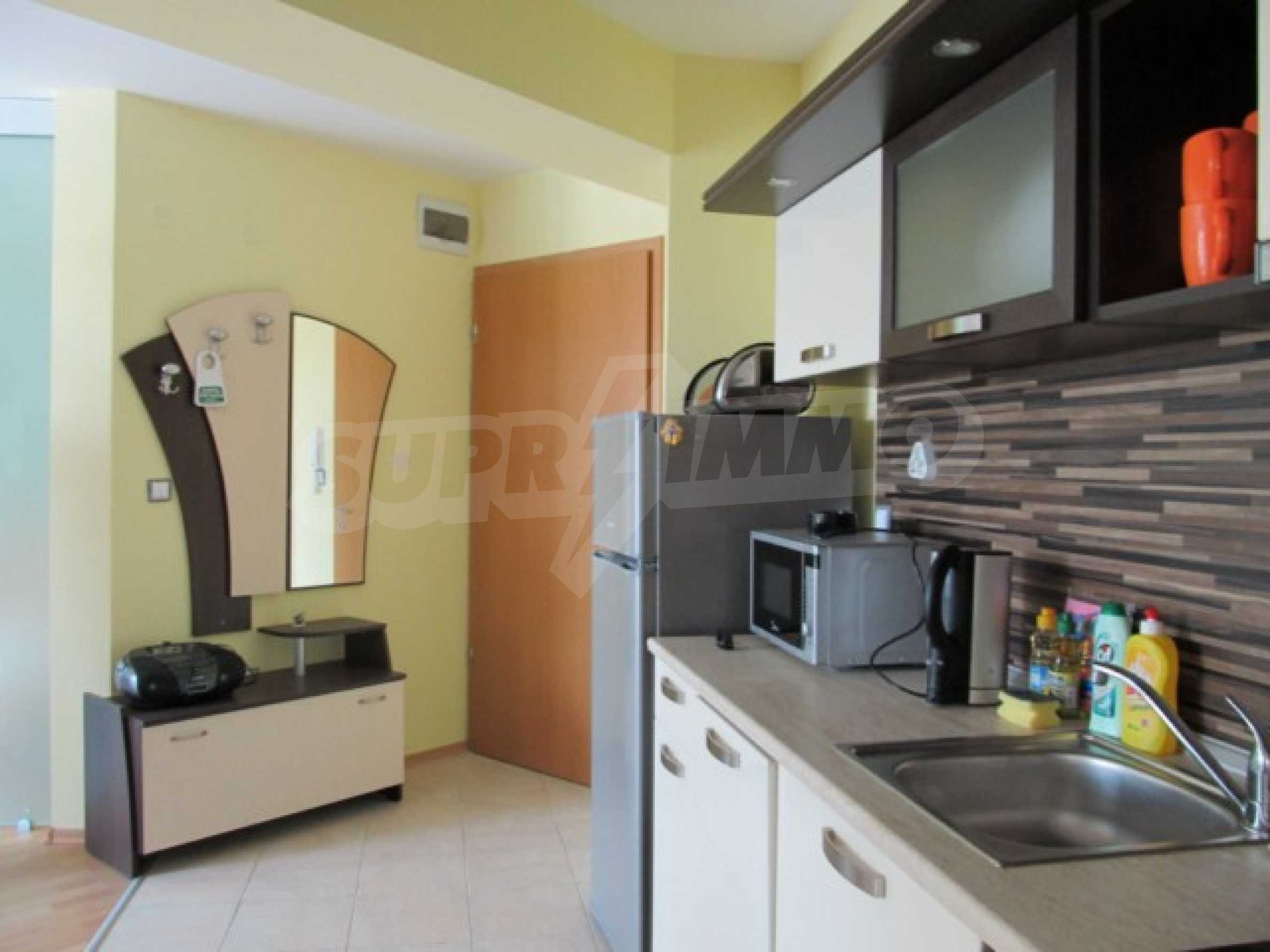 Тристаен апартамент за продажба в Поморие 9
