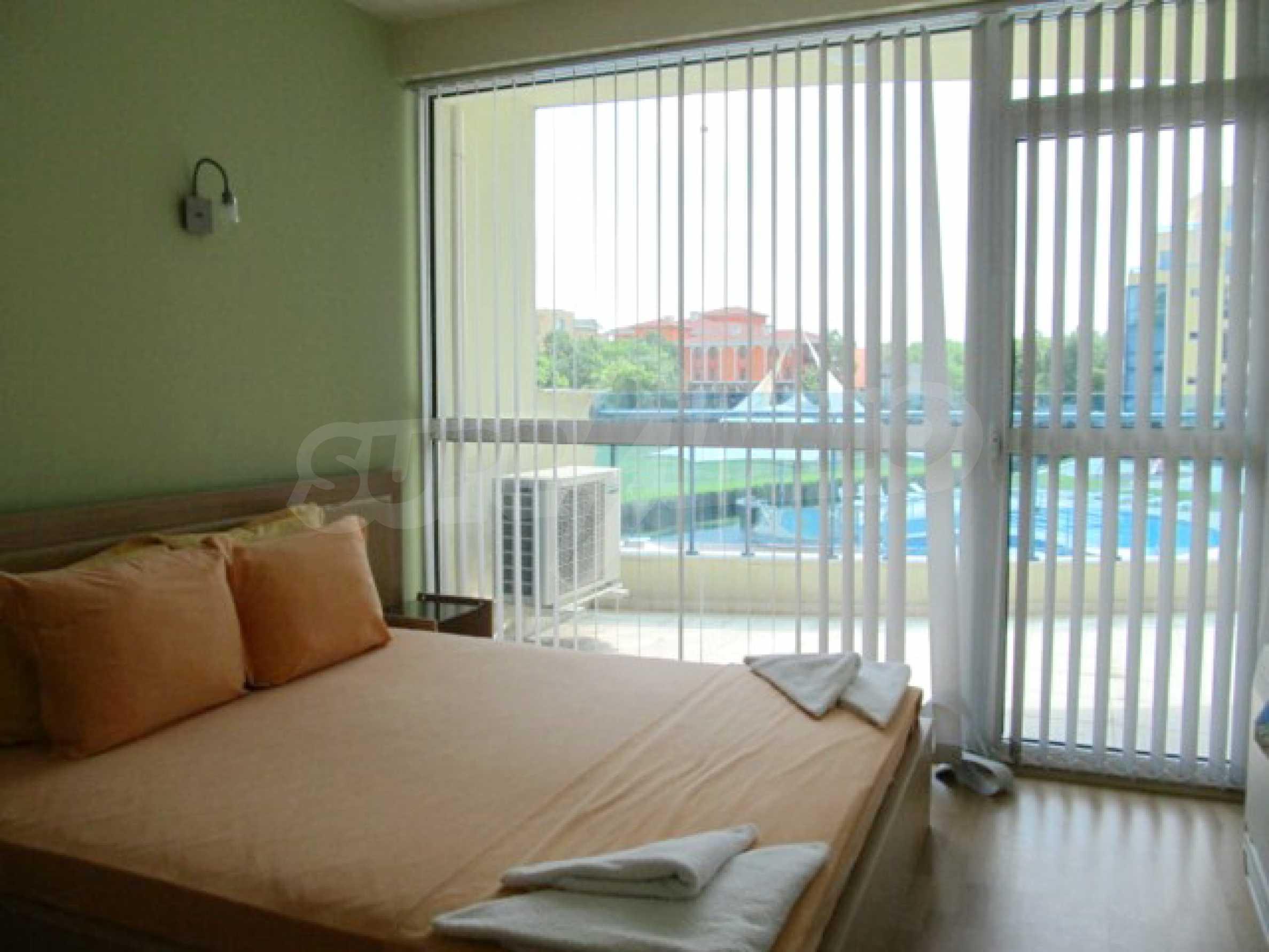 Тристаен апартамент за продажба в Поморие 13
