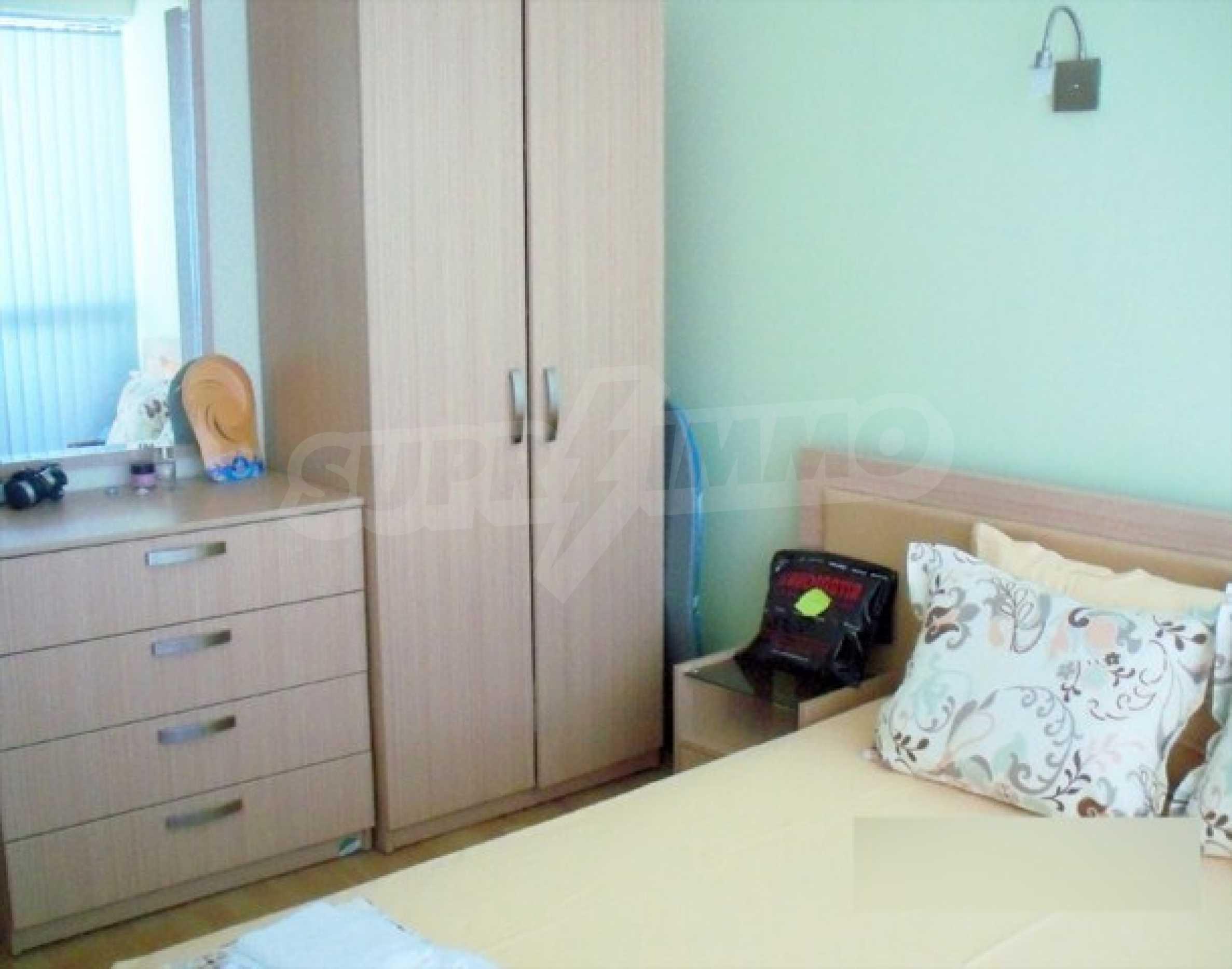 Тристаен апартамент за продажба в Поморие 15