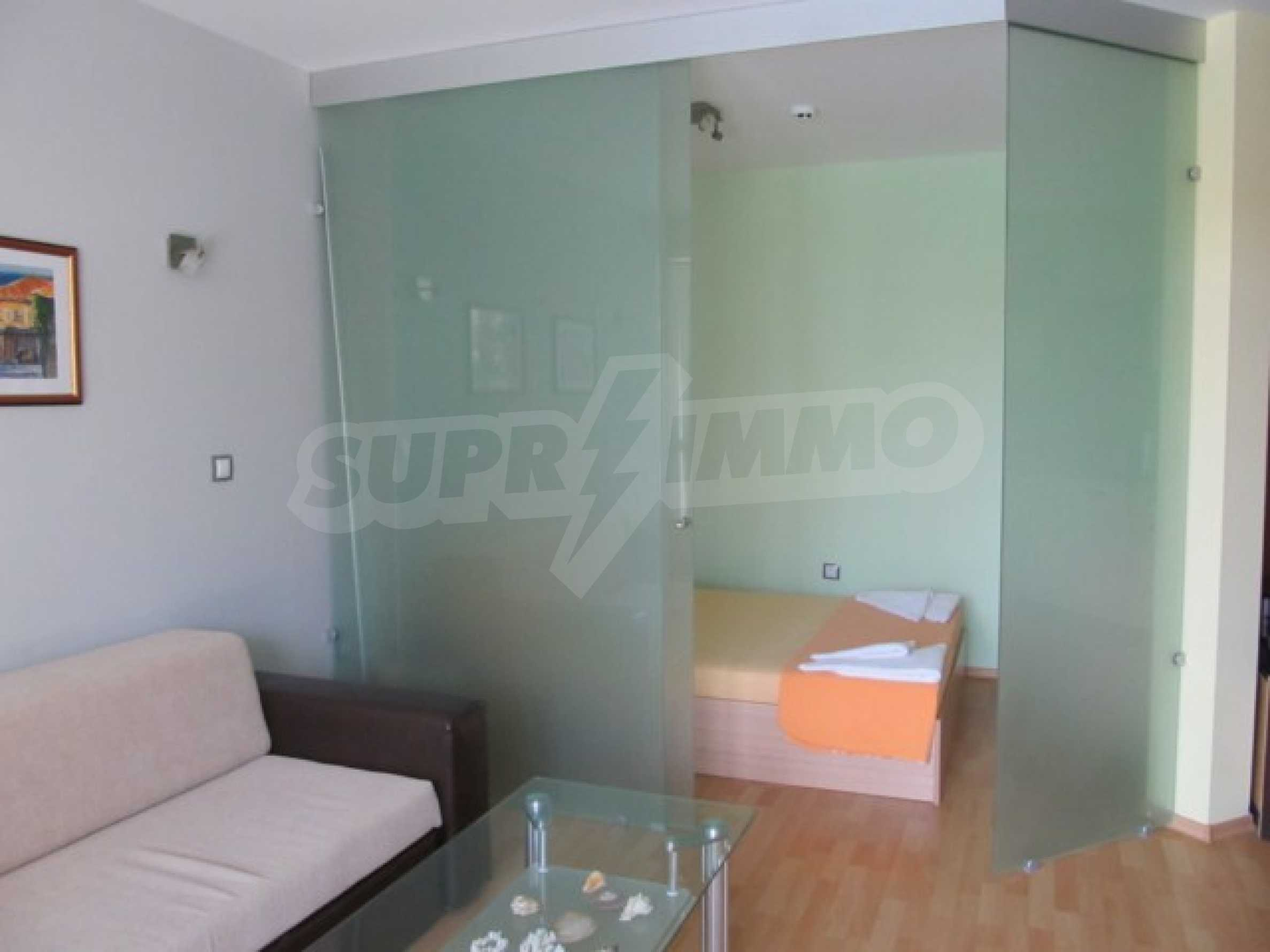 Тристаен апартамент за продажба в Поморие 17