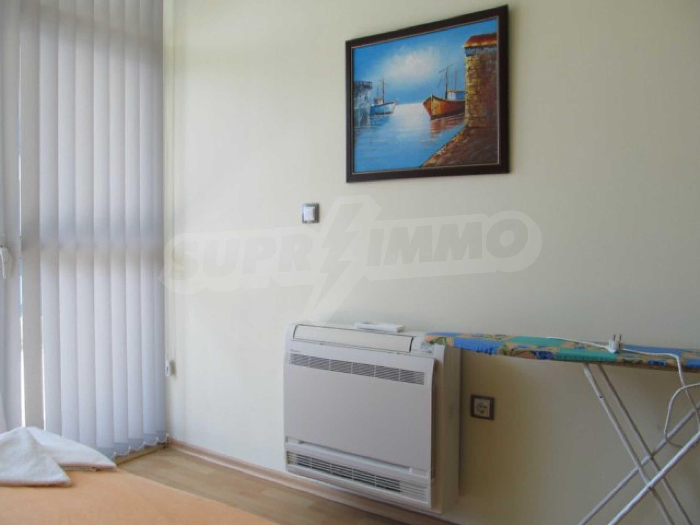Тристаен апартамент за продажба в Поморие 19