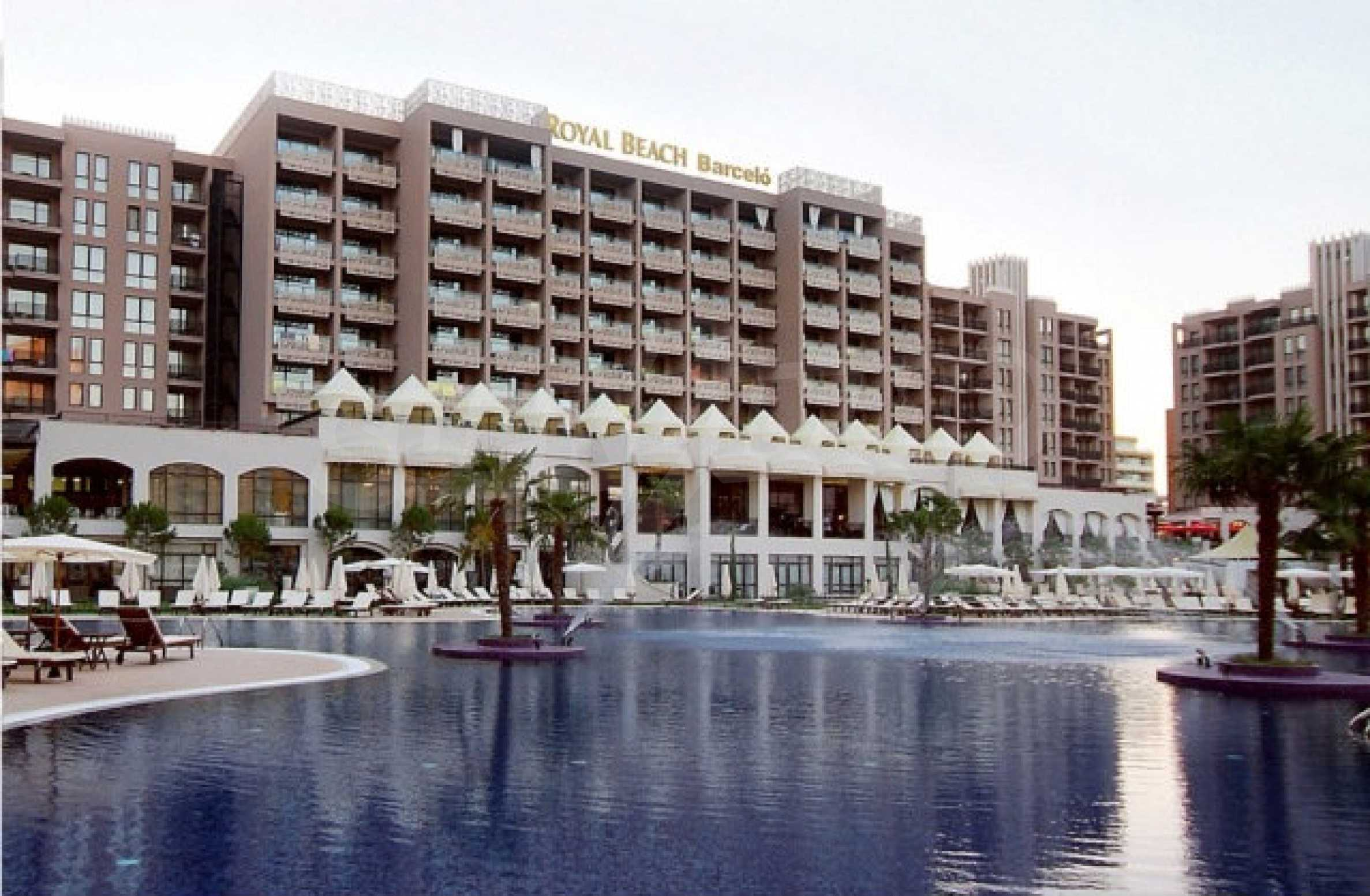 One-bedroom apartment in Royal Beach Barcelo complex in Sunny Beach 1