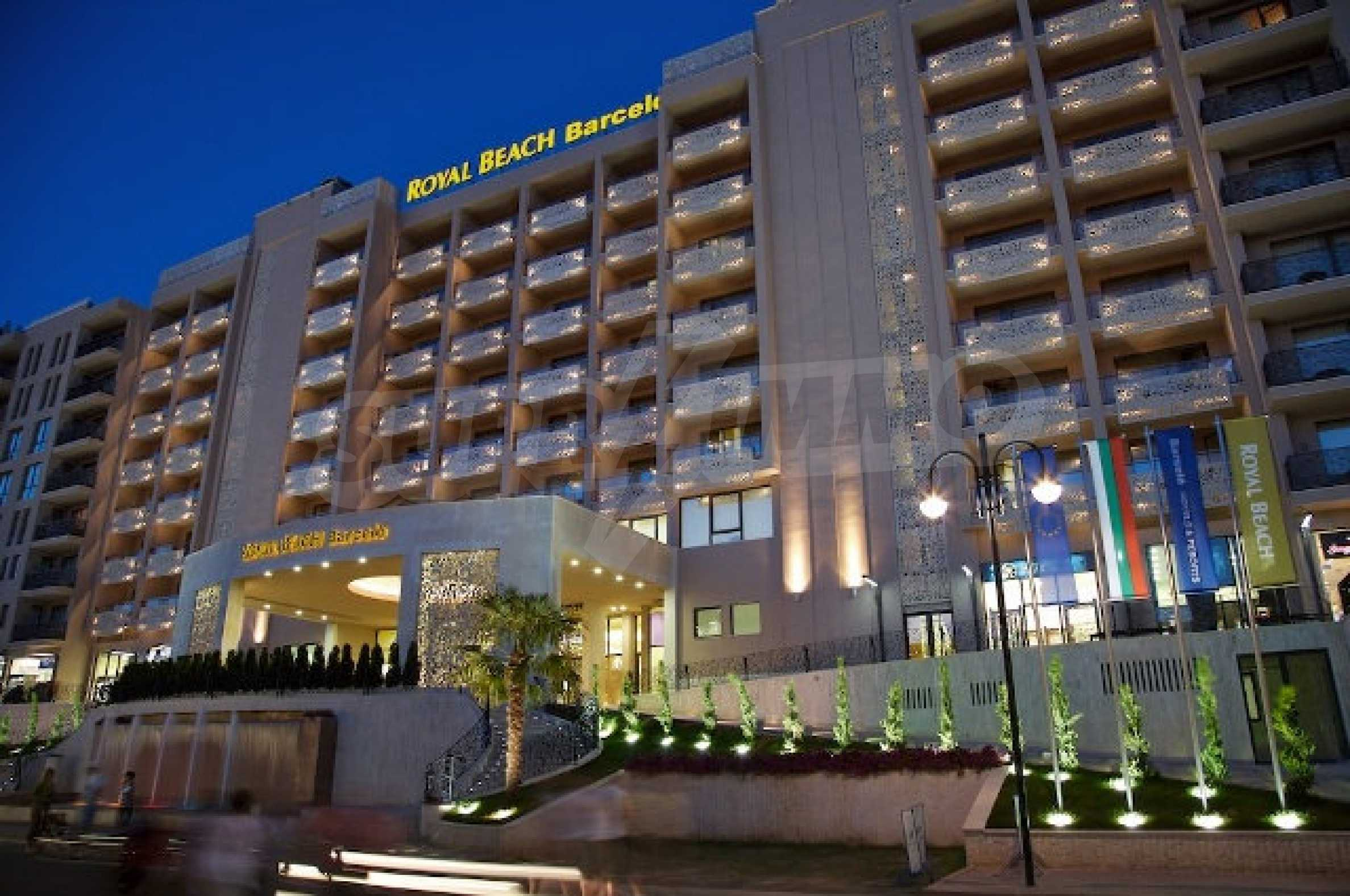 One-bedroom apartment in Royal Beach Barcelo complex in Sunny Beach 4