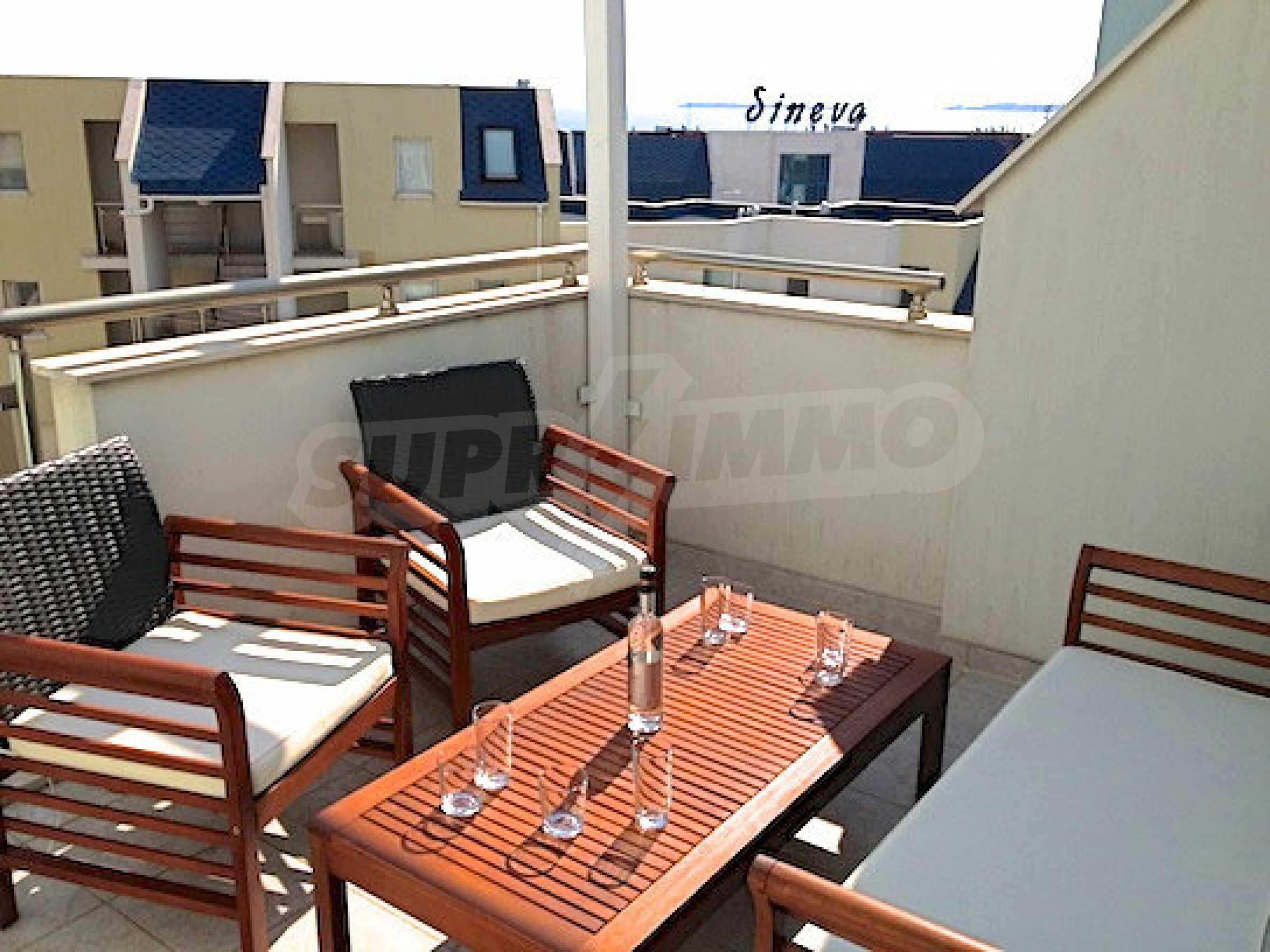 Zwei-Zimmer-Wohnung in einem Komplex 50 Meter vom Meer entfernt 10