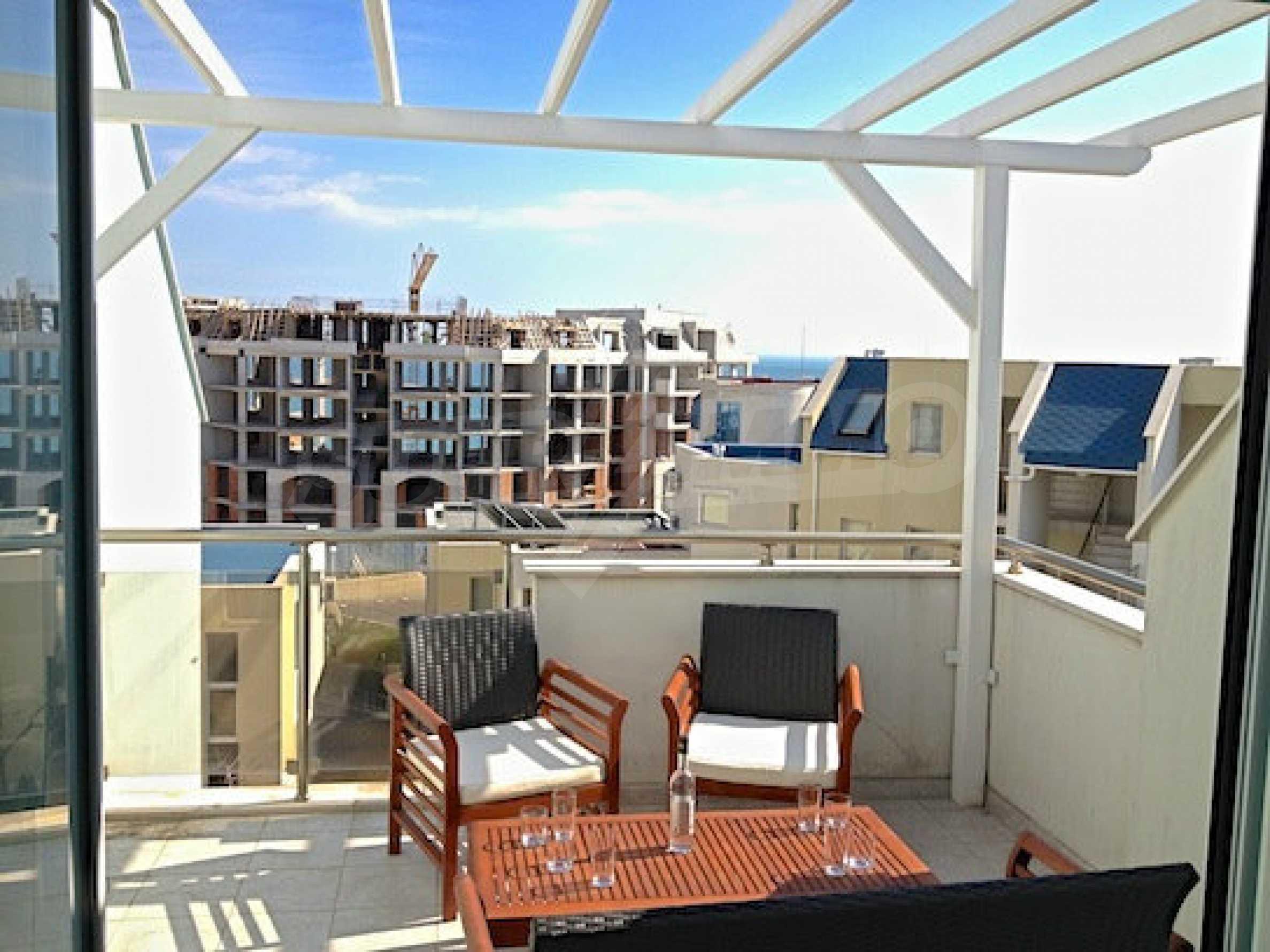 Zwei-Zimmer-Wohnung in einem Komplex 50 Meter vom Meer entfernt 11