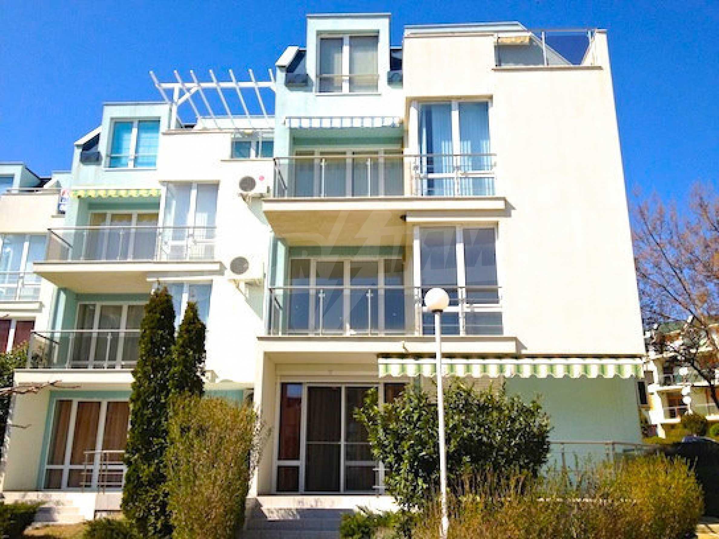 Zwei-Zimmer-Wohnung in einem Komplex 50 Meter vom Meer entfernt 15