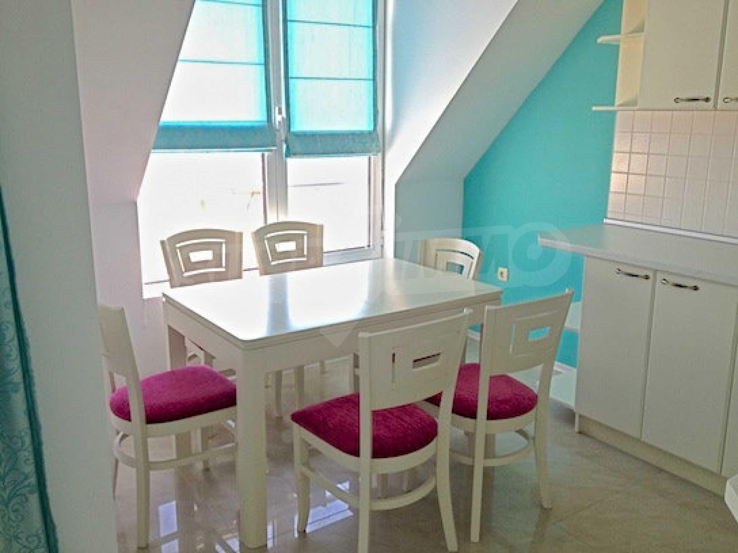 Zwei-Zimmer-Wohnung in einem Komplex 50 Meter vom Meer entfernt 1