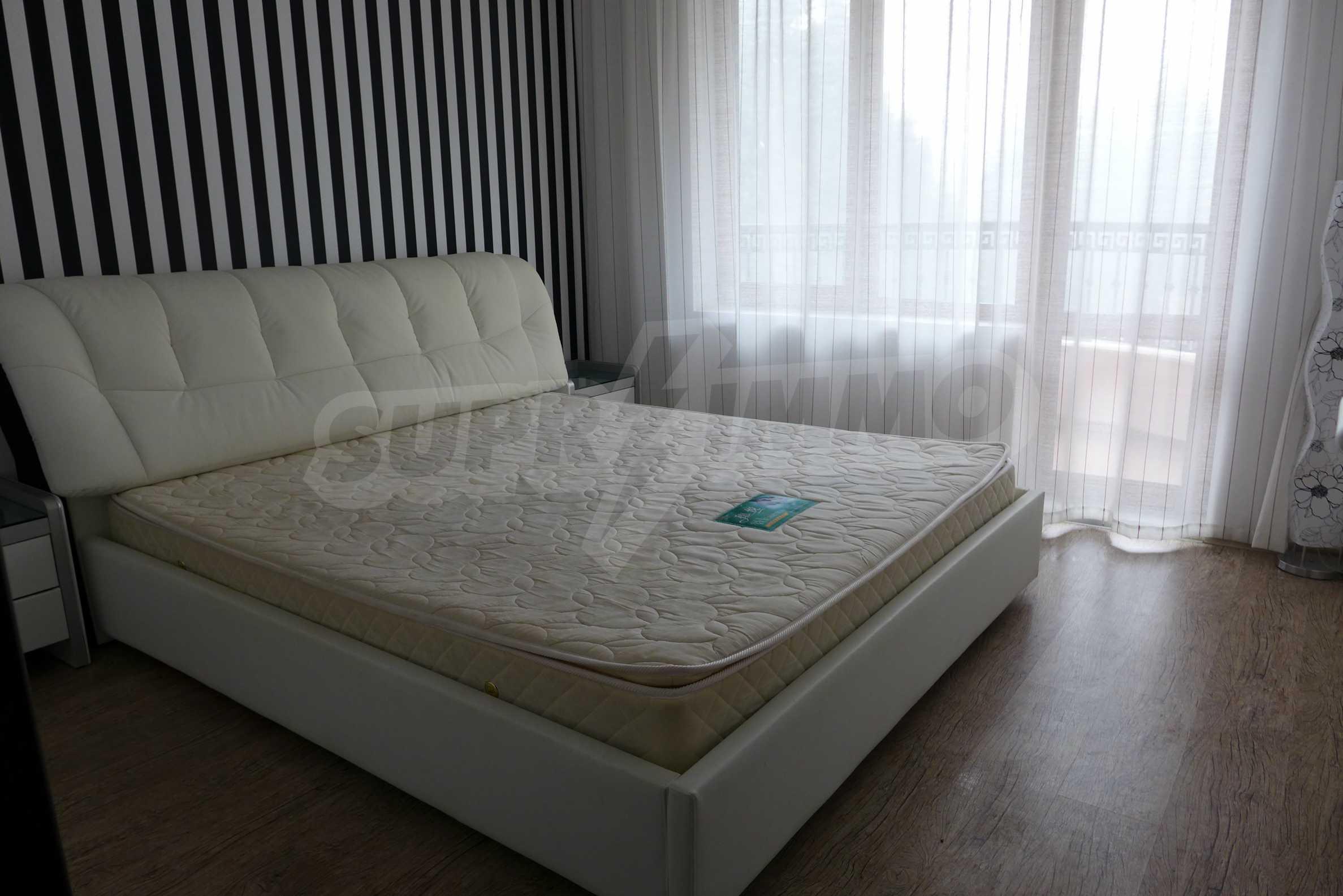 Luxus-Apartment mit einem Schlafzimmer in Rich Komplex 9