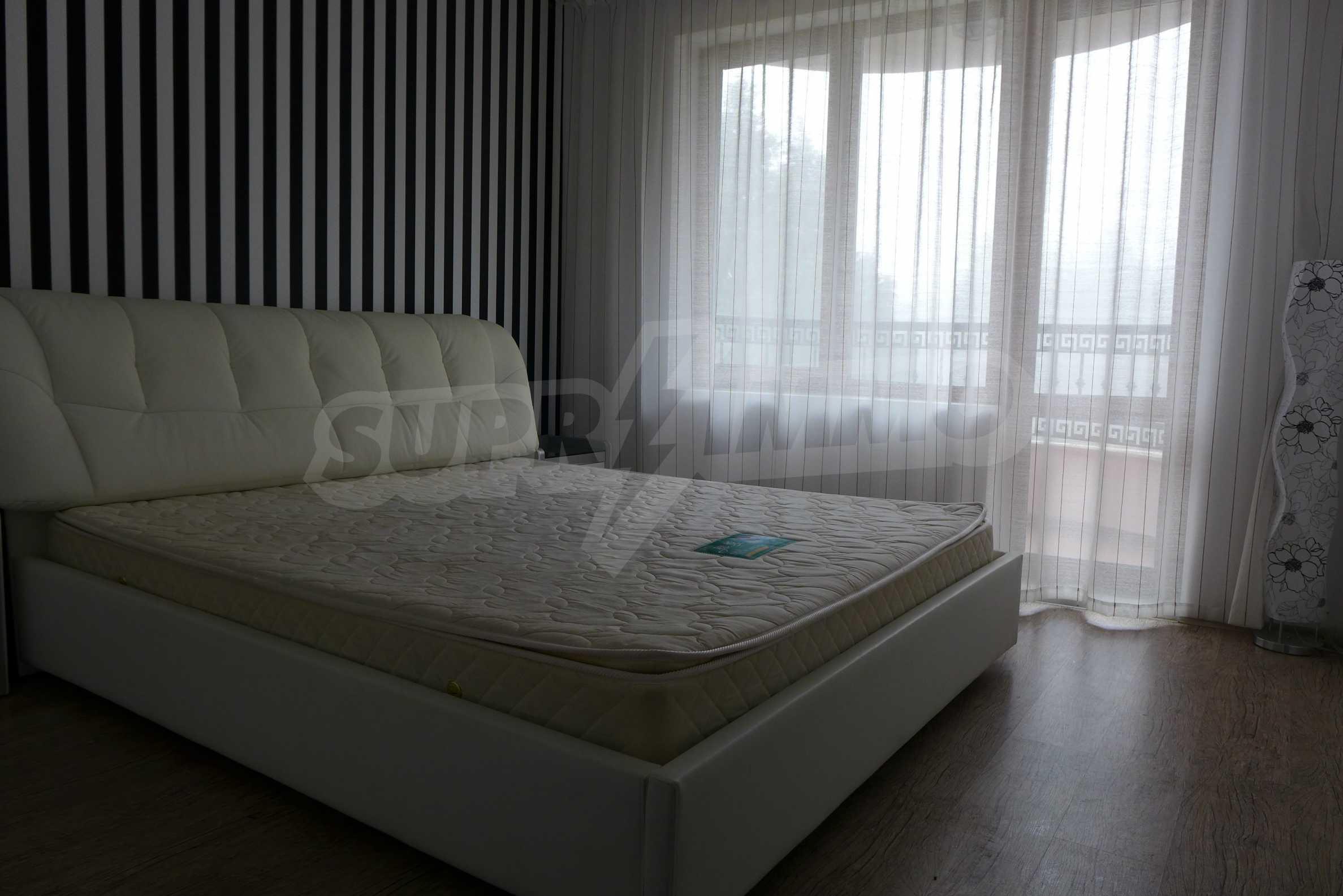 Luxus-Apartment mit einem Schlafzimmer in Rich Komplex 10