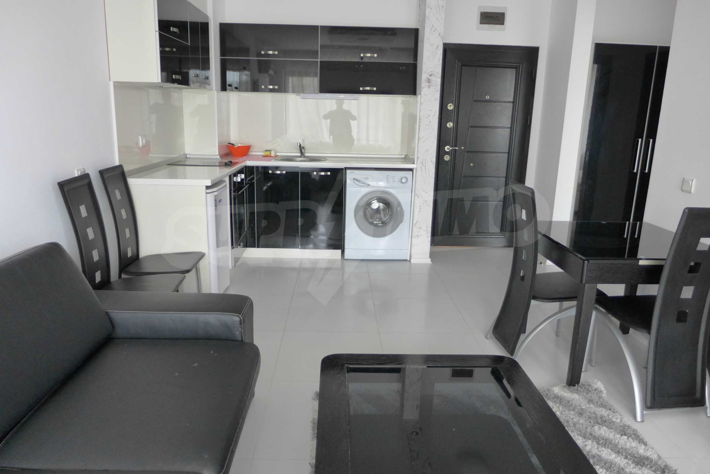 Luxus-Apartment mit einem Schlafzimmer in Rich Komplex 12