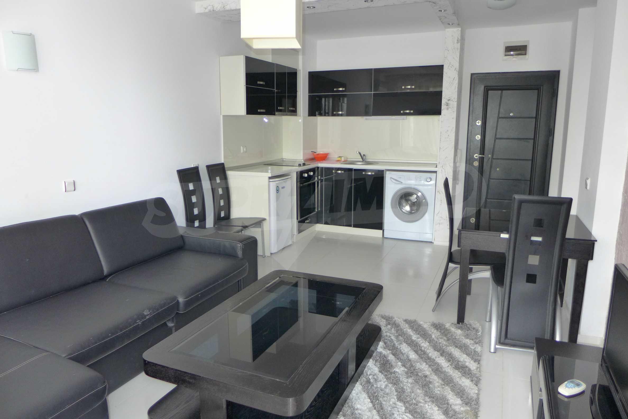 Luxus-Apartment mit einem Schlafzimmer in Rich Komplex 2