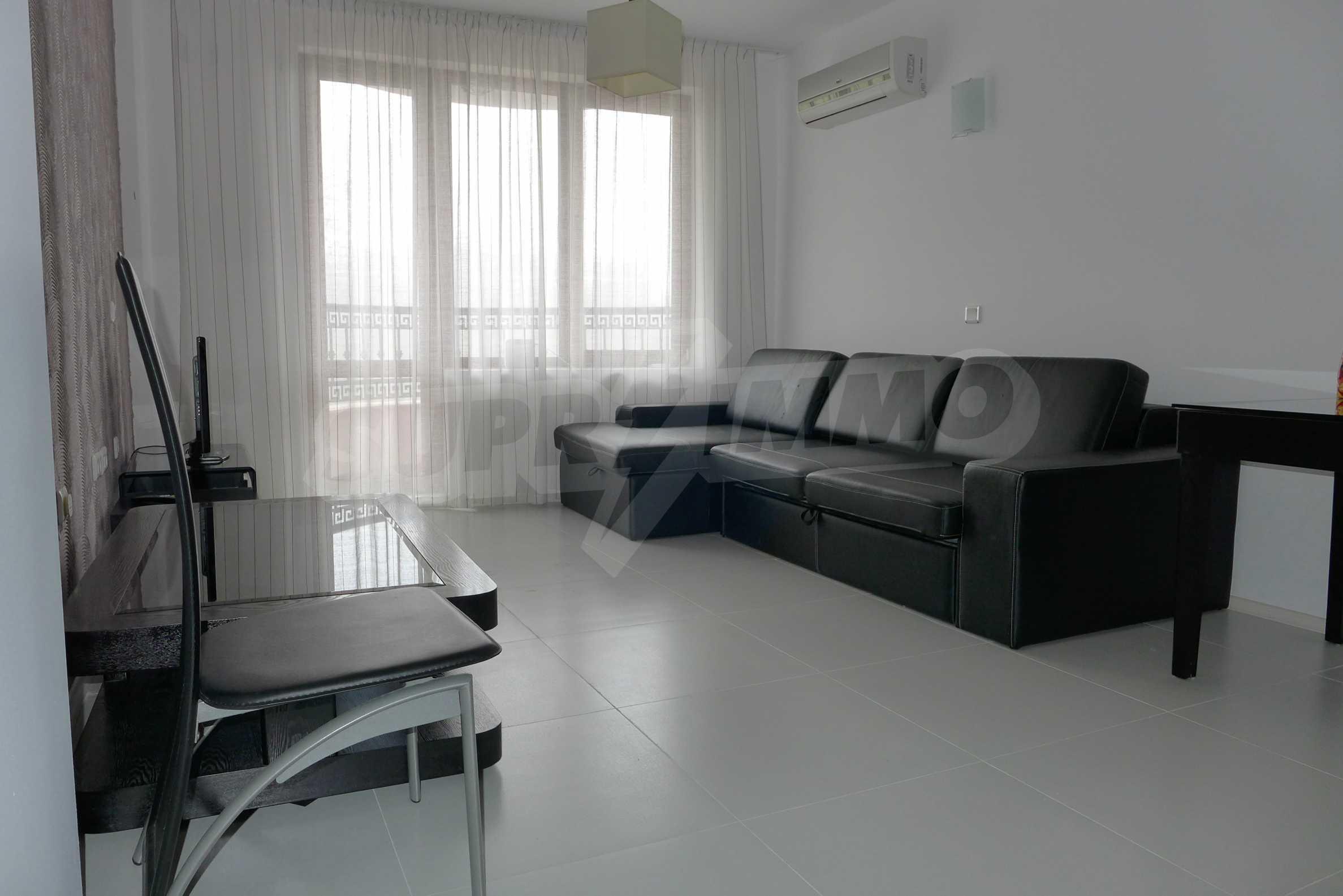Möblierte Wohnung mit einem Schlafzimmer in Rich Komplex
