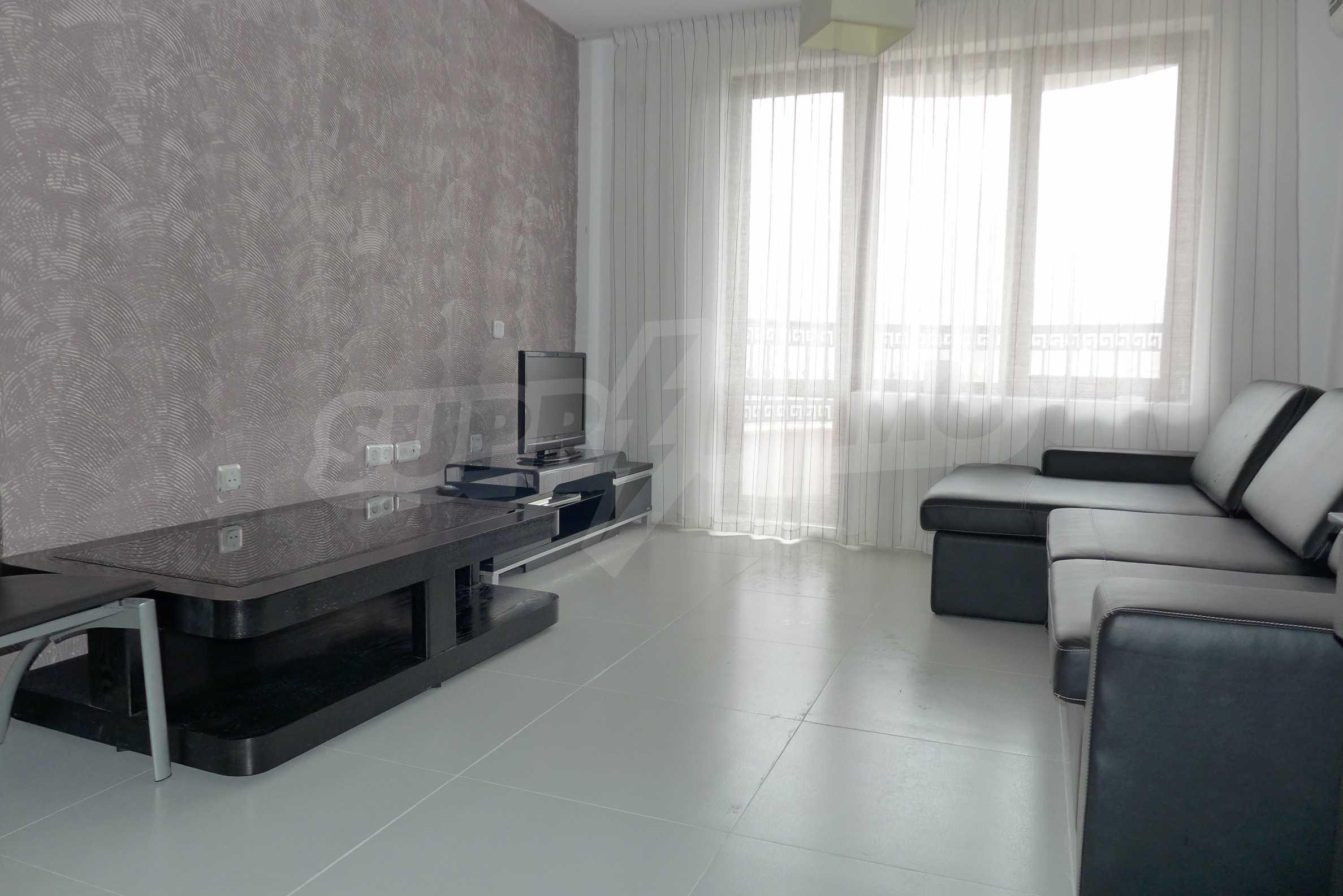 Möblierte Wohnung mit einem Schlafzimmer in Rich Komplex 1