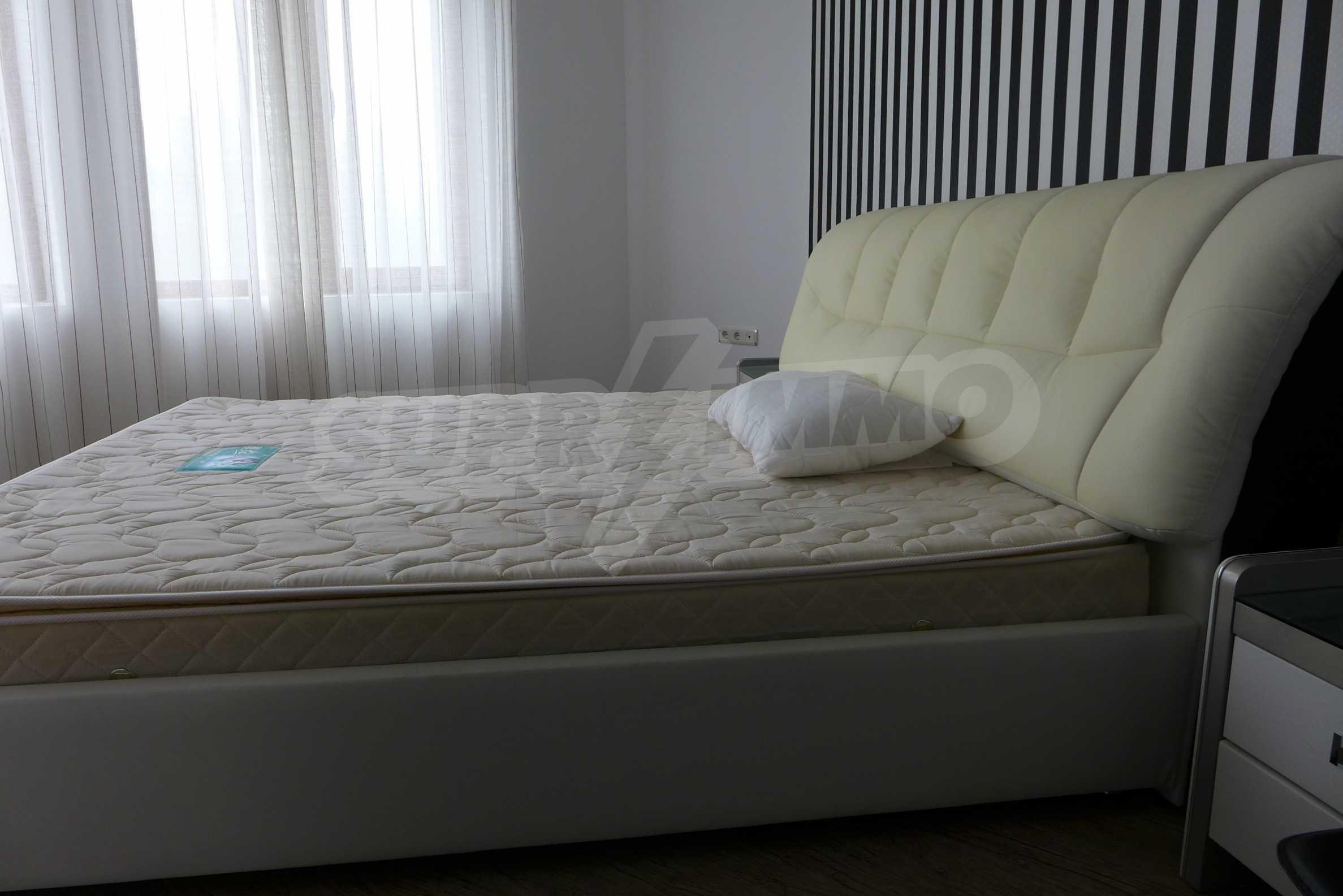 Möblierte Wohnung mit einem Schlafzimmer in Rich Komplex 6