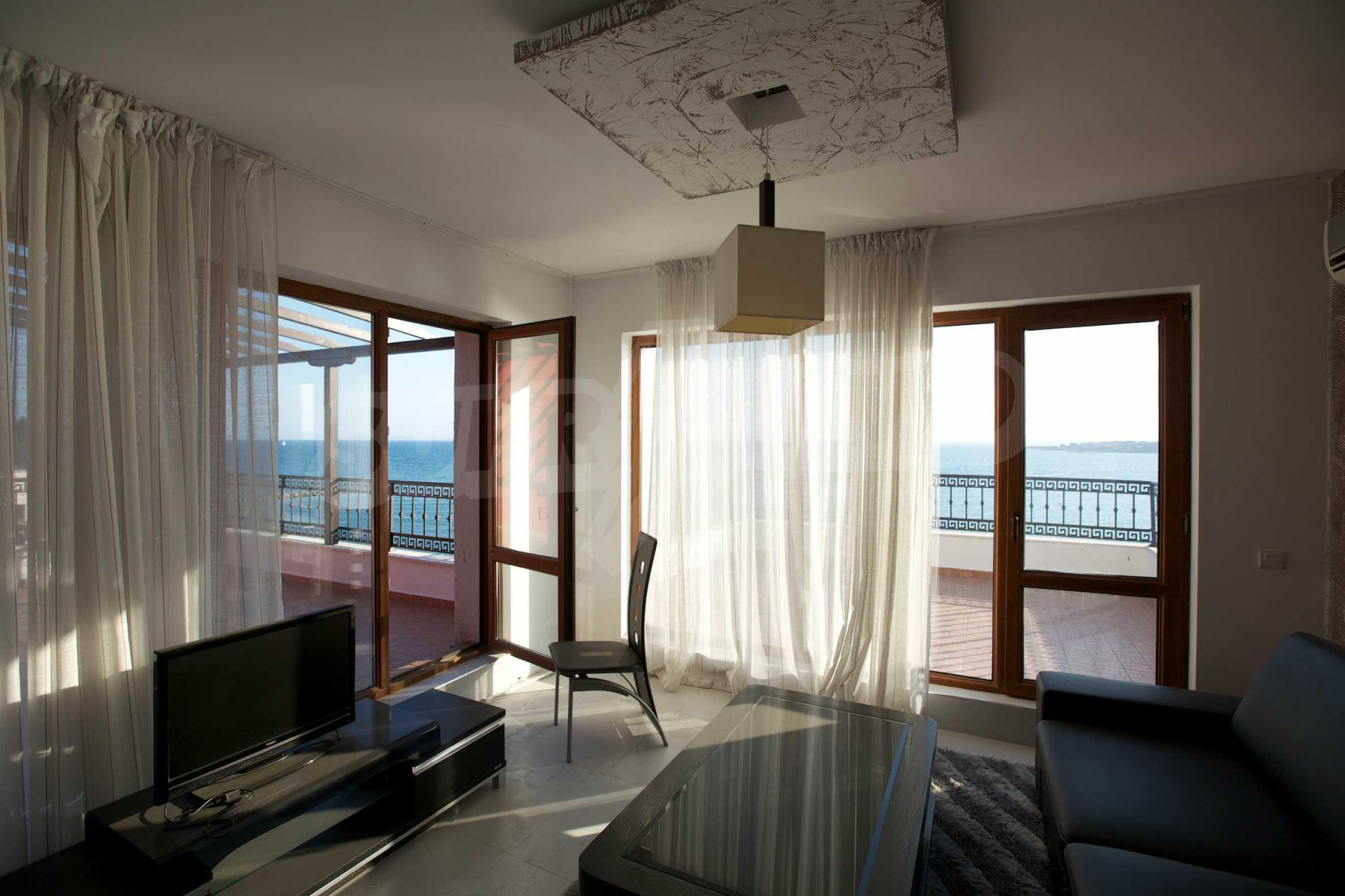 Luxus-Apartment mit zwei Schlafzimmern in Rich Komplex