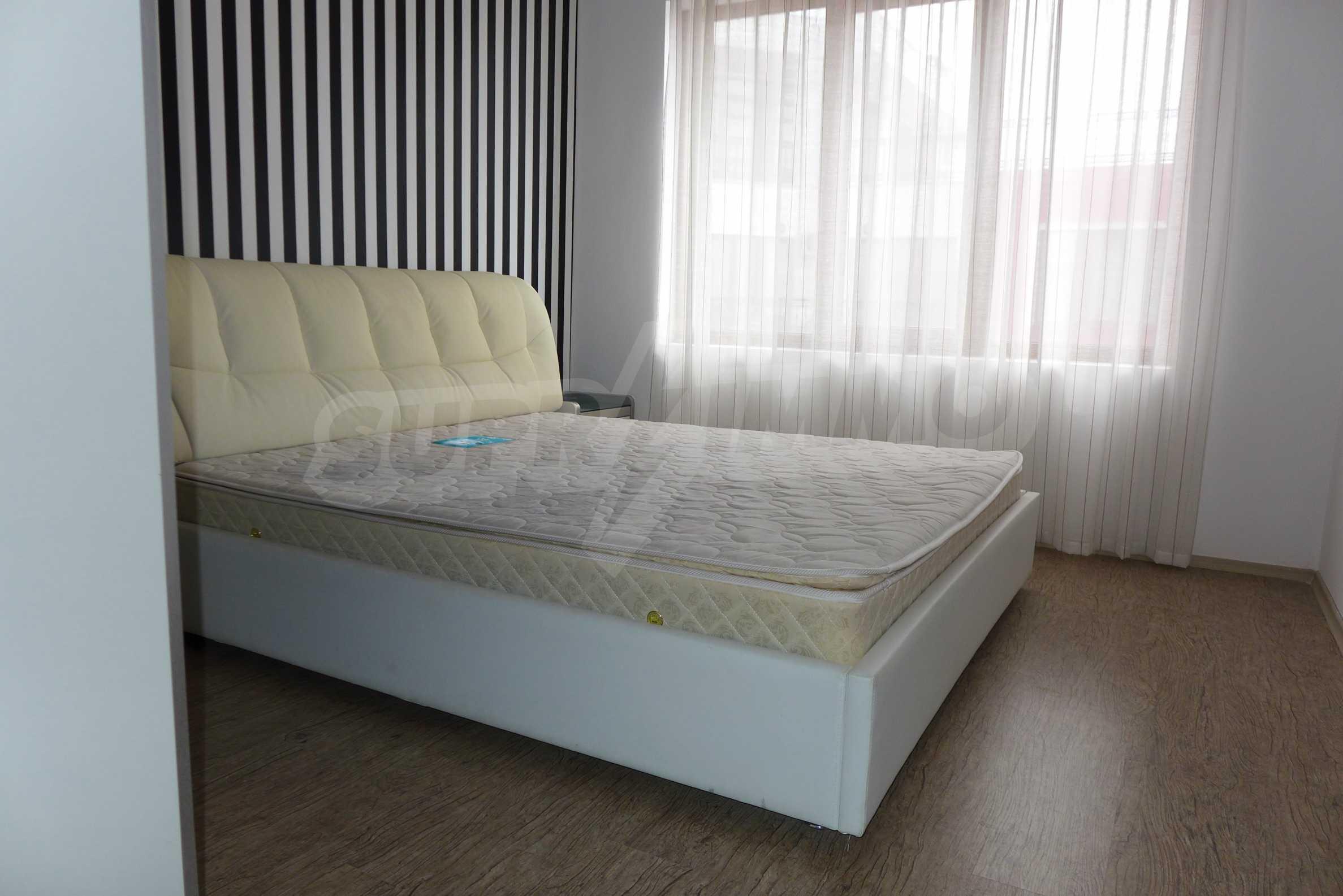 Luxus-Apartment mit zwei Schlafzimmern in Rich Komplex 9