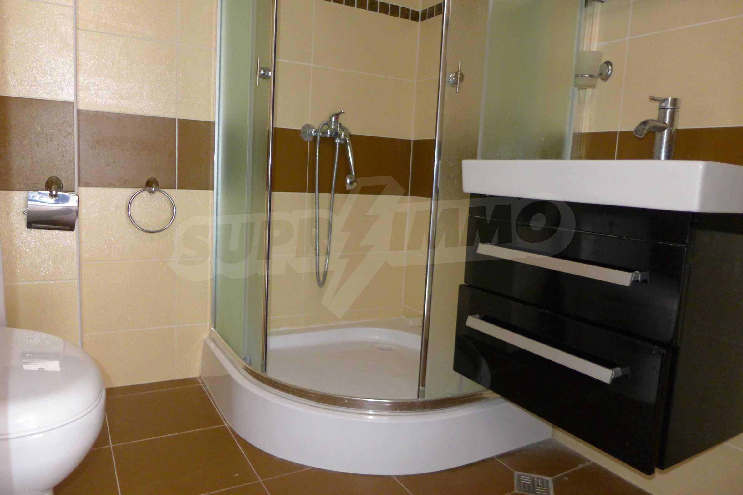 Luxus-Apartment mit zwei Schlafzimmern in Rich Komplex 11