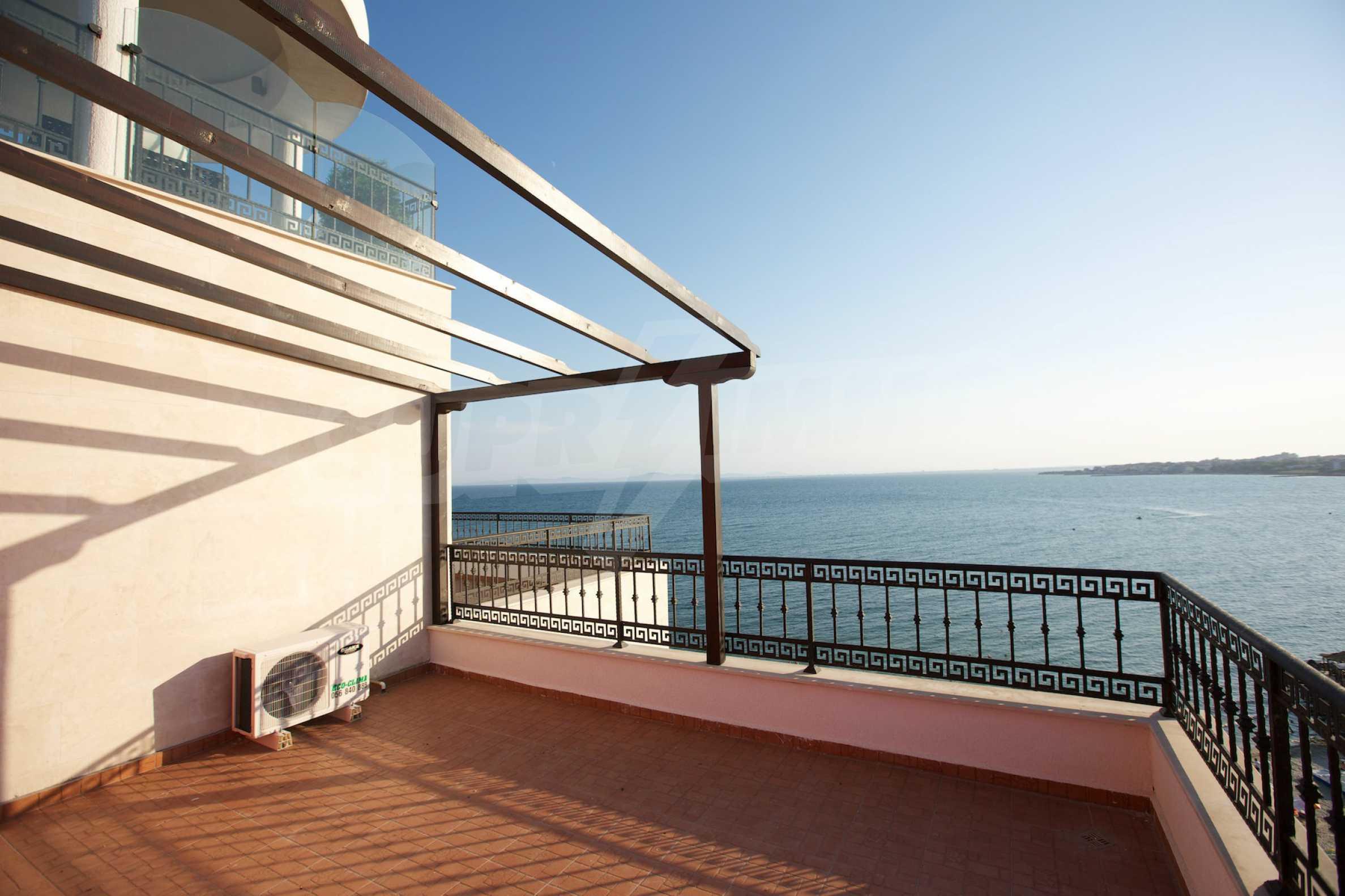 Luxus-Apartment mit zwei Schlafzimmern in Rich Komplex 18