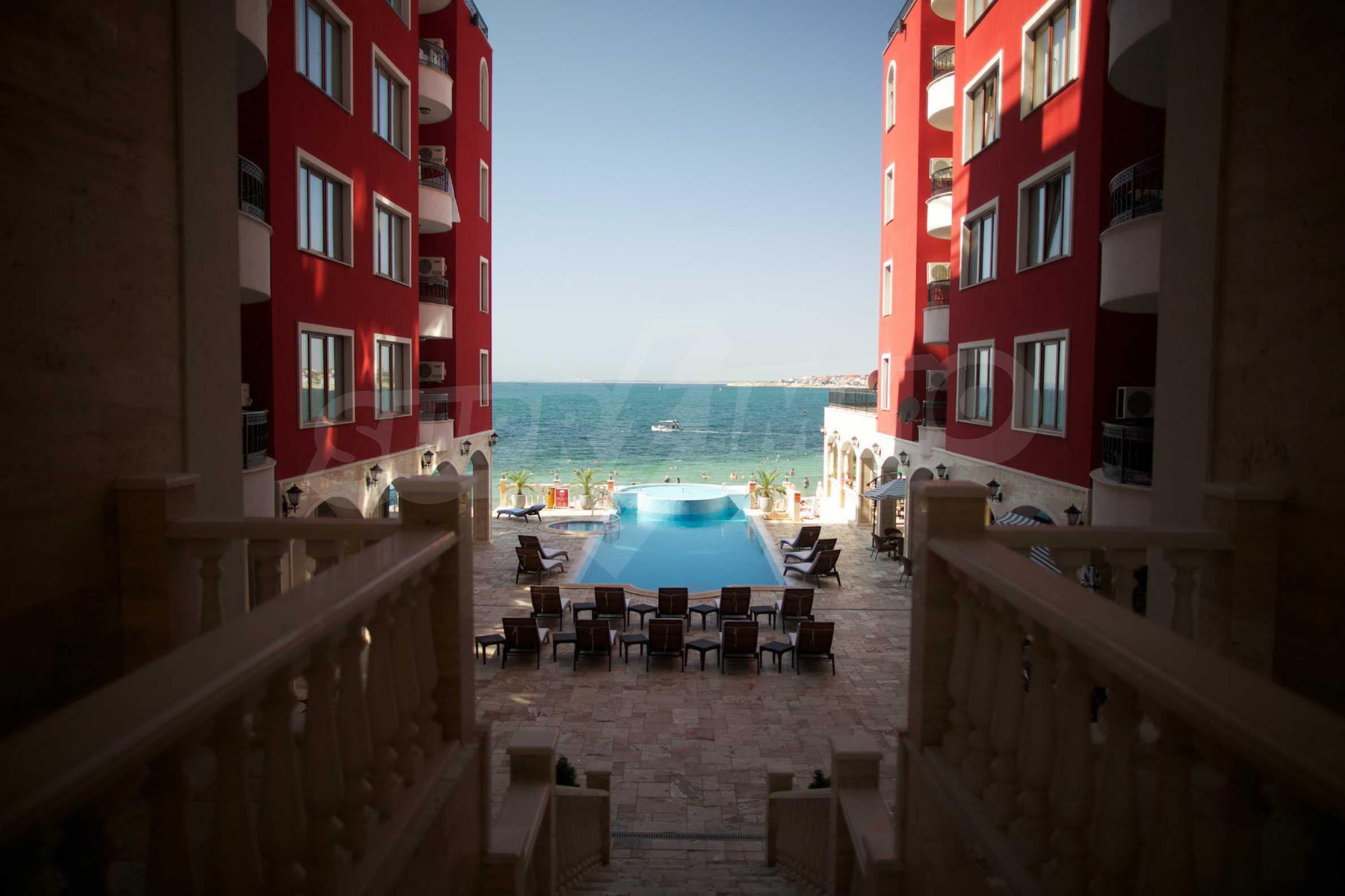 Luxus-Apartment mit zwei Schlafzimmern in Rich Komplex 25