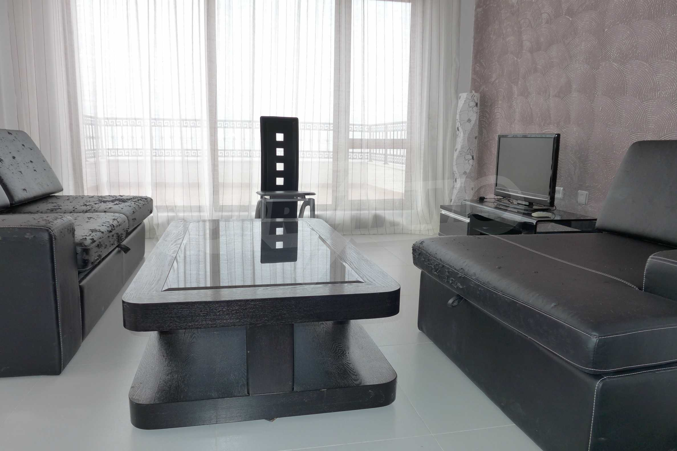 Luxus-Apartment mit zwei Schlafzimmern in Rich Komplex 2