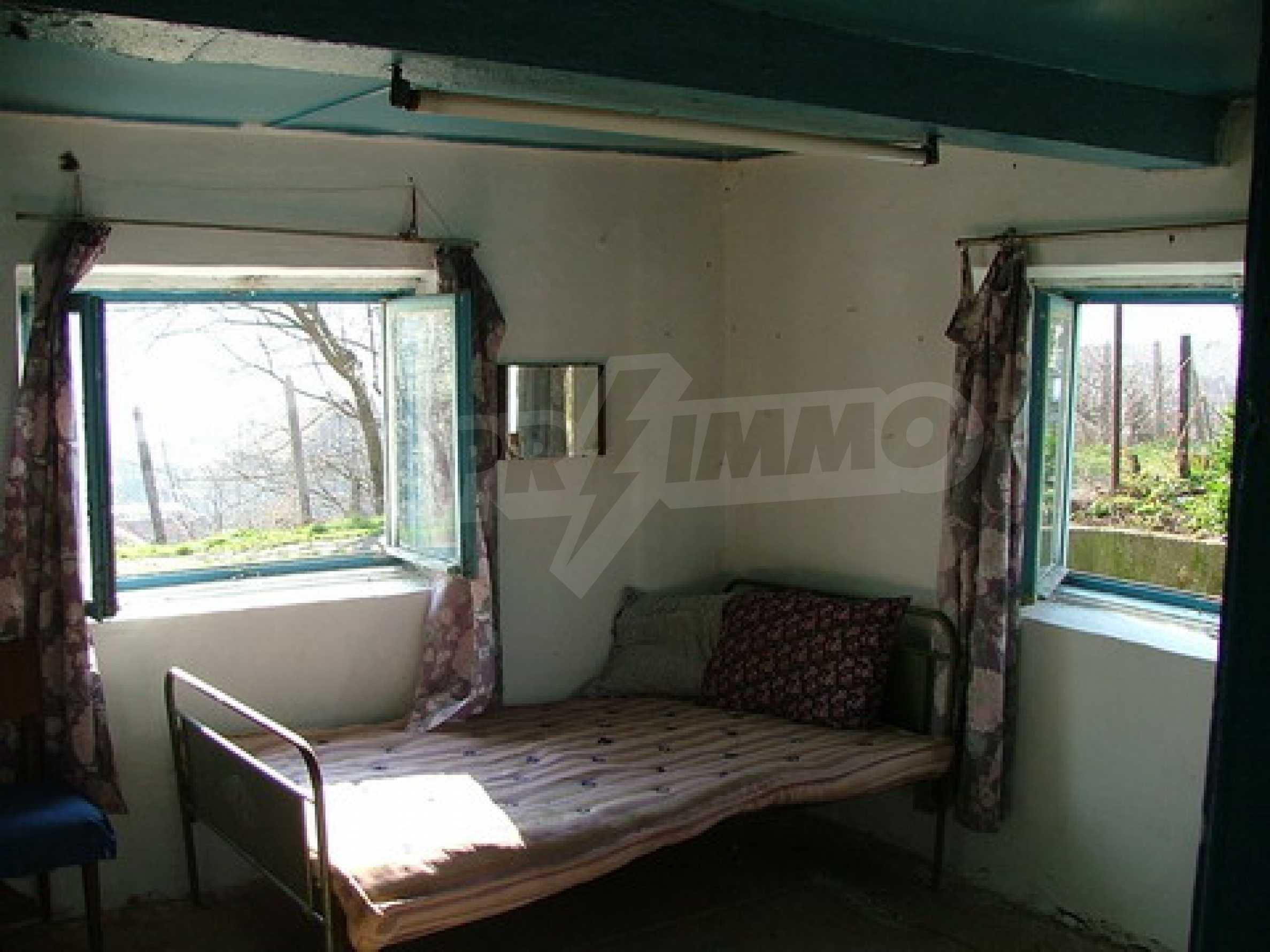 Two-storey house for repair in Dragash Voyvoda village 4