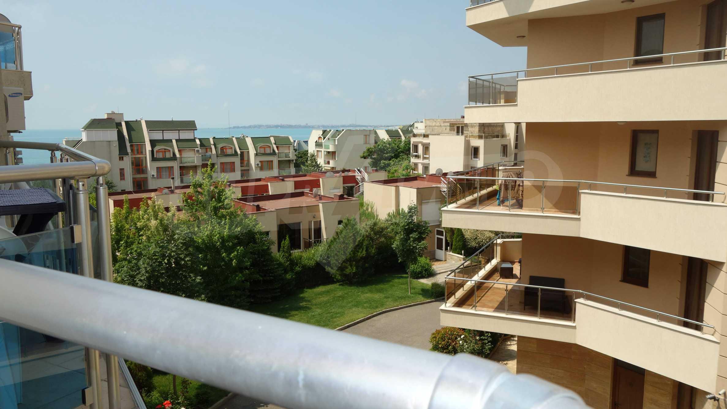 One-bedroom apartment in Starfish complex in Sveti Vlas 23