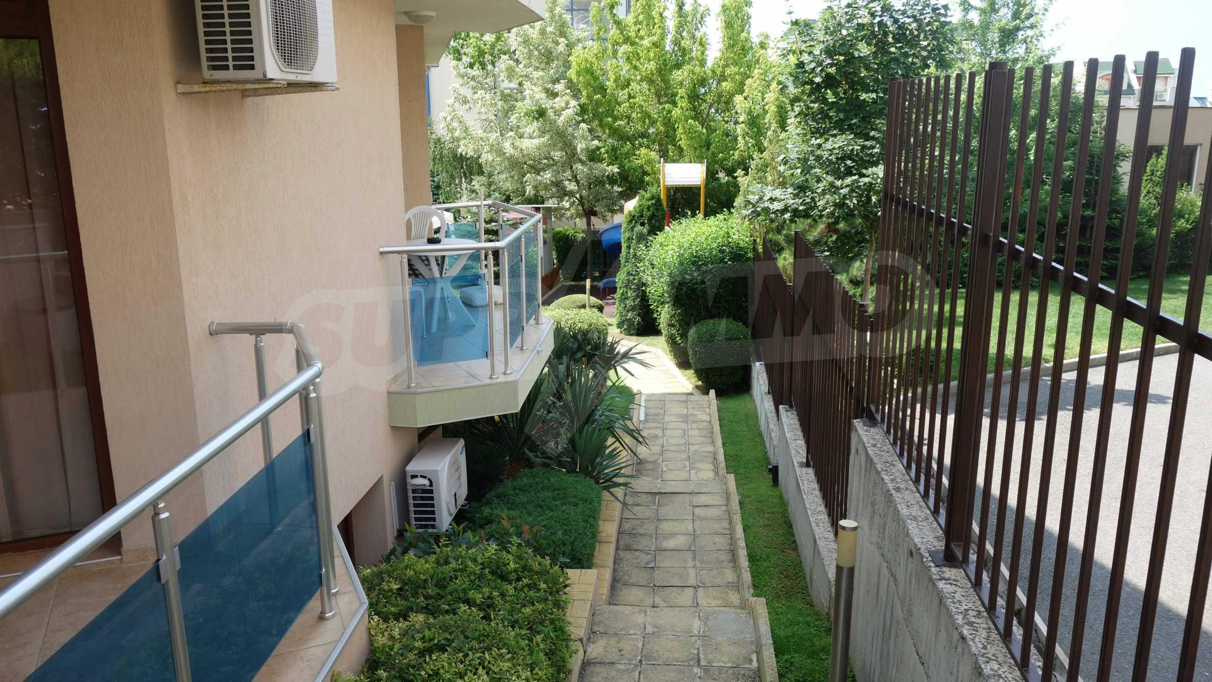 One-bedroom apartment in Starfish complex in Sveti Vlas 27