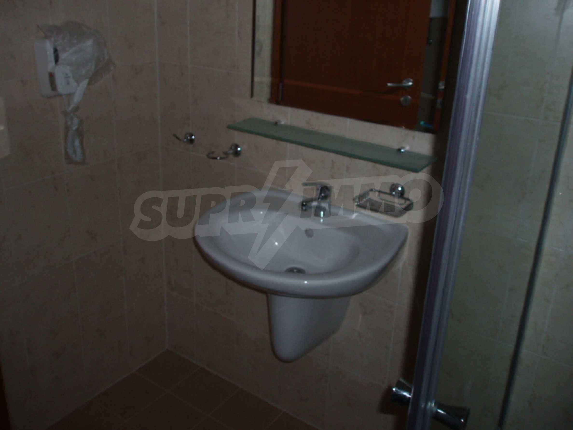 Тристаен апартамент за продажба в гр. Банско 15