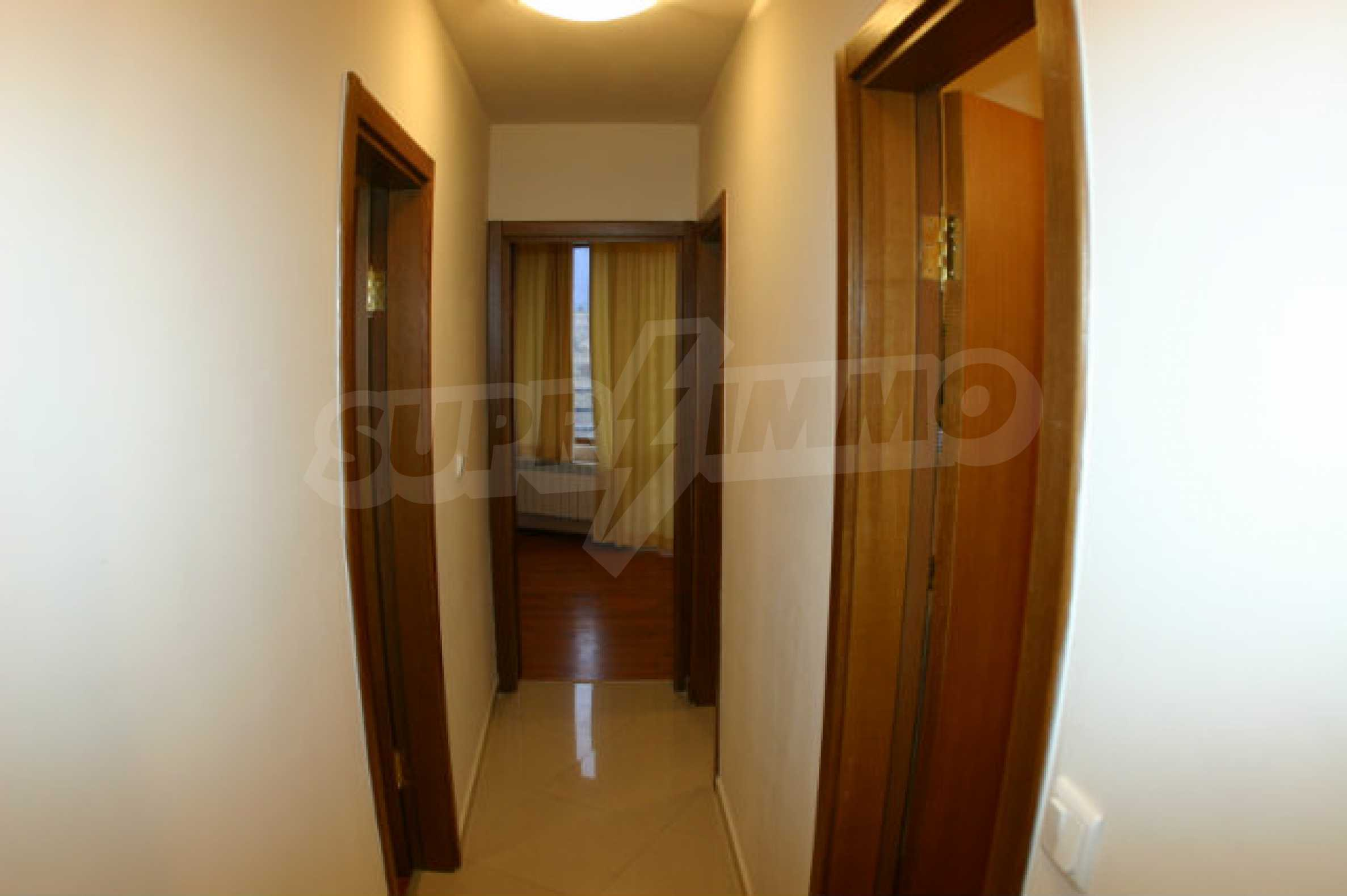 Fully furnished and equipped holiday apartment 8