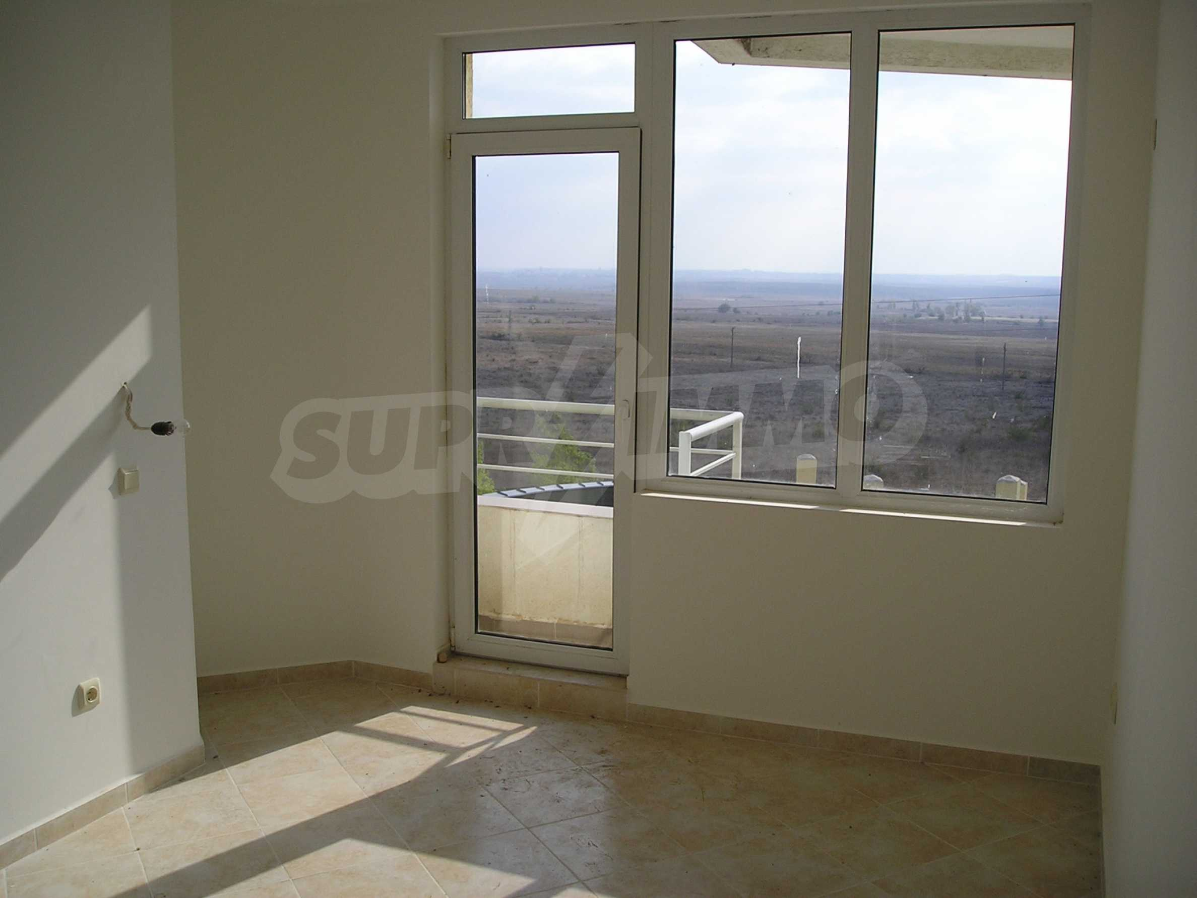 One-bedroom apartment in Sunset Apartments 1 in Kosharitsa 3