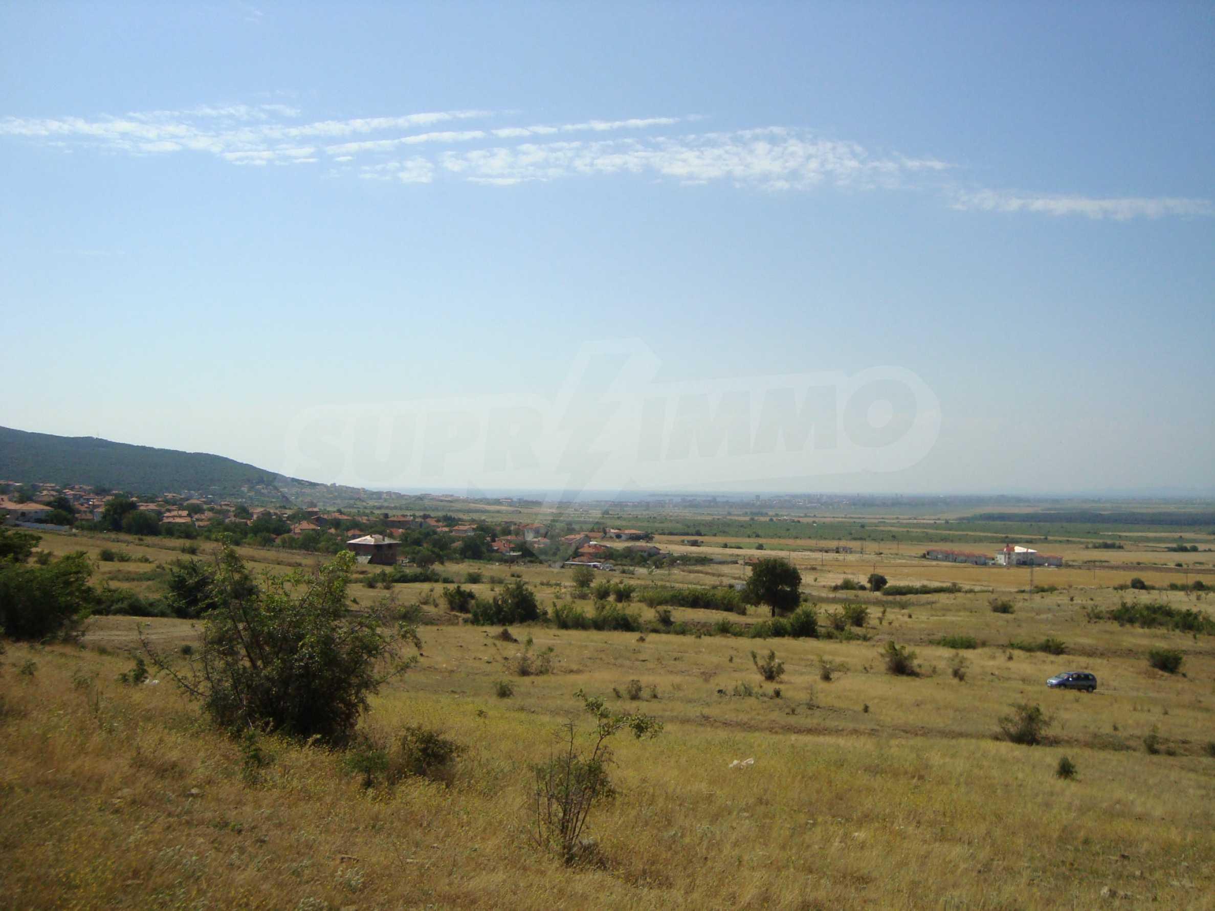 Vast plot of land for sale near Sunny Beach