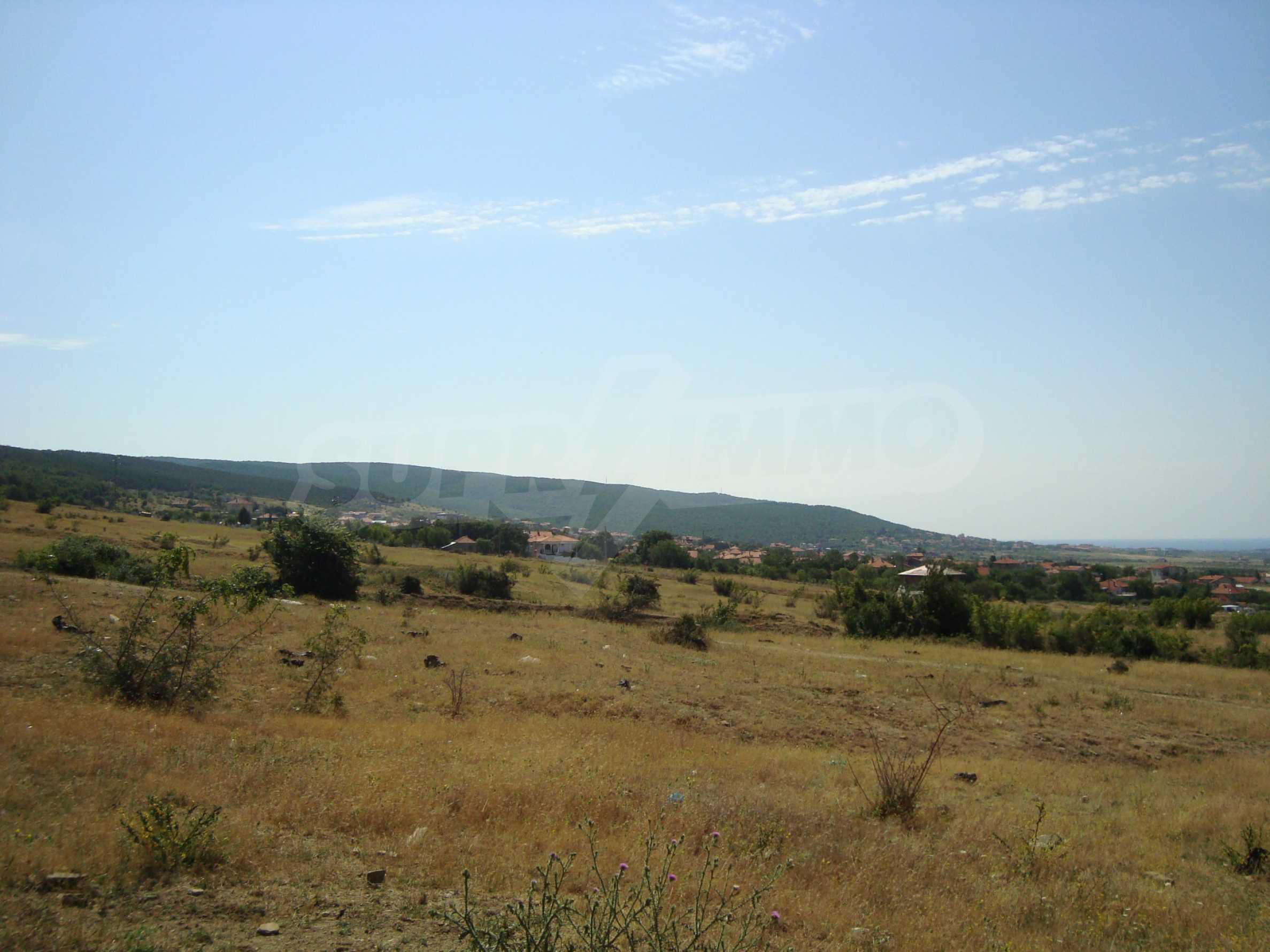 Vast plot of land for sale near Sunny Beach 25