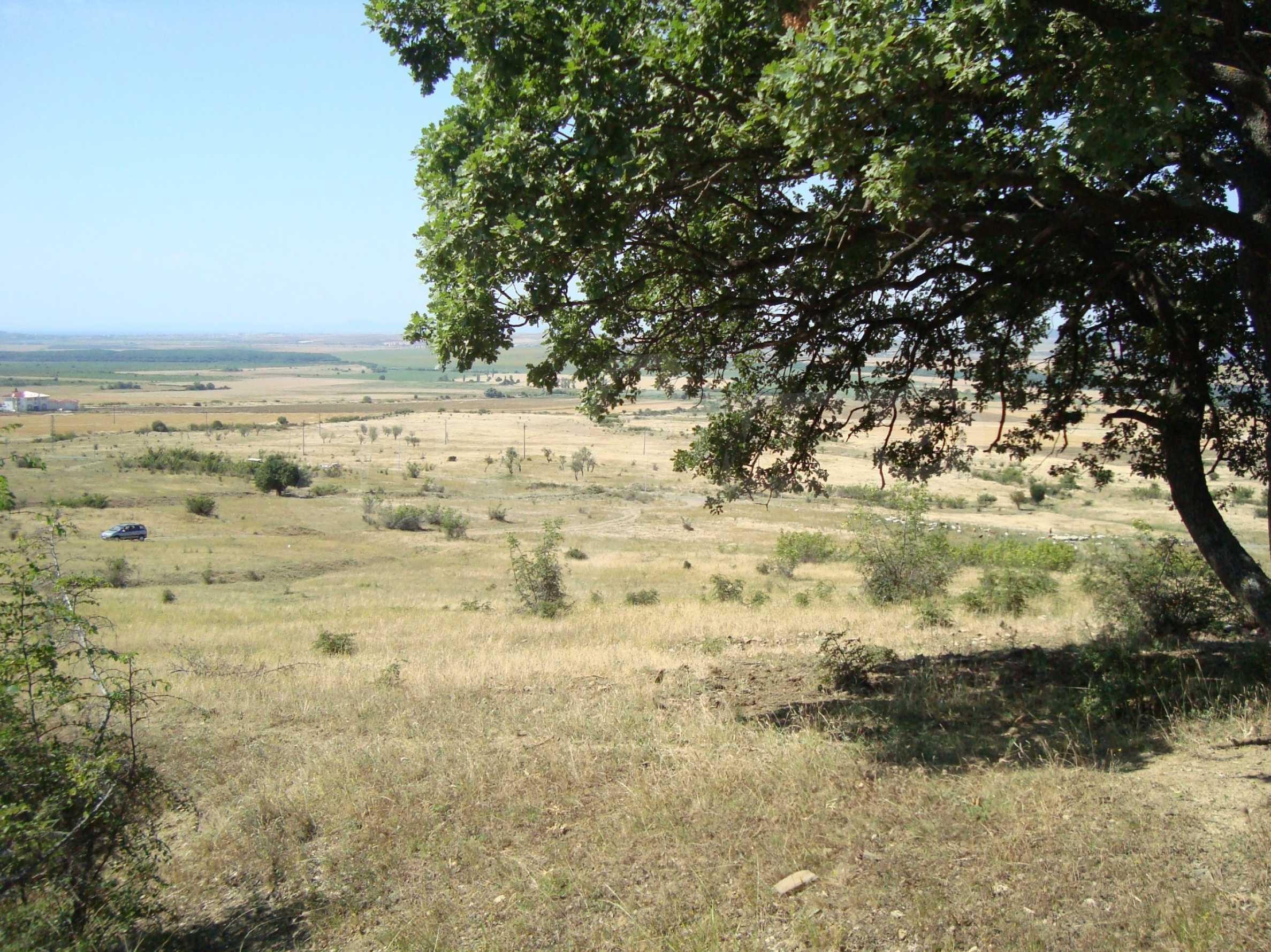 Vast plot of land for sale near Sunny Beach 6