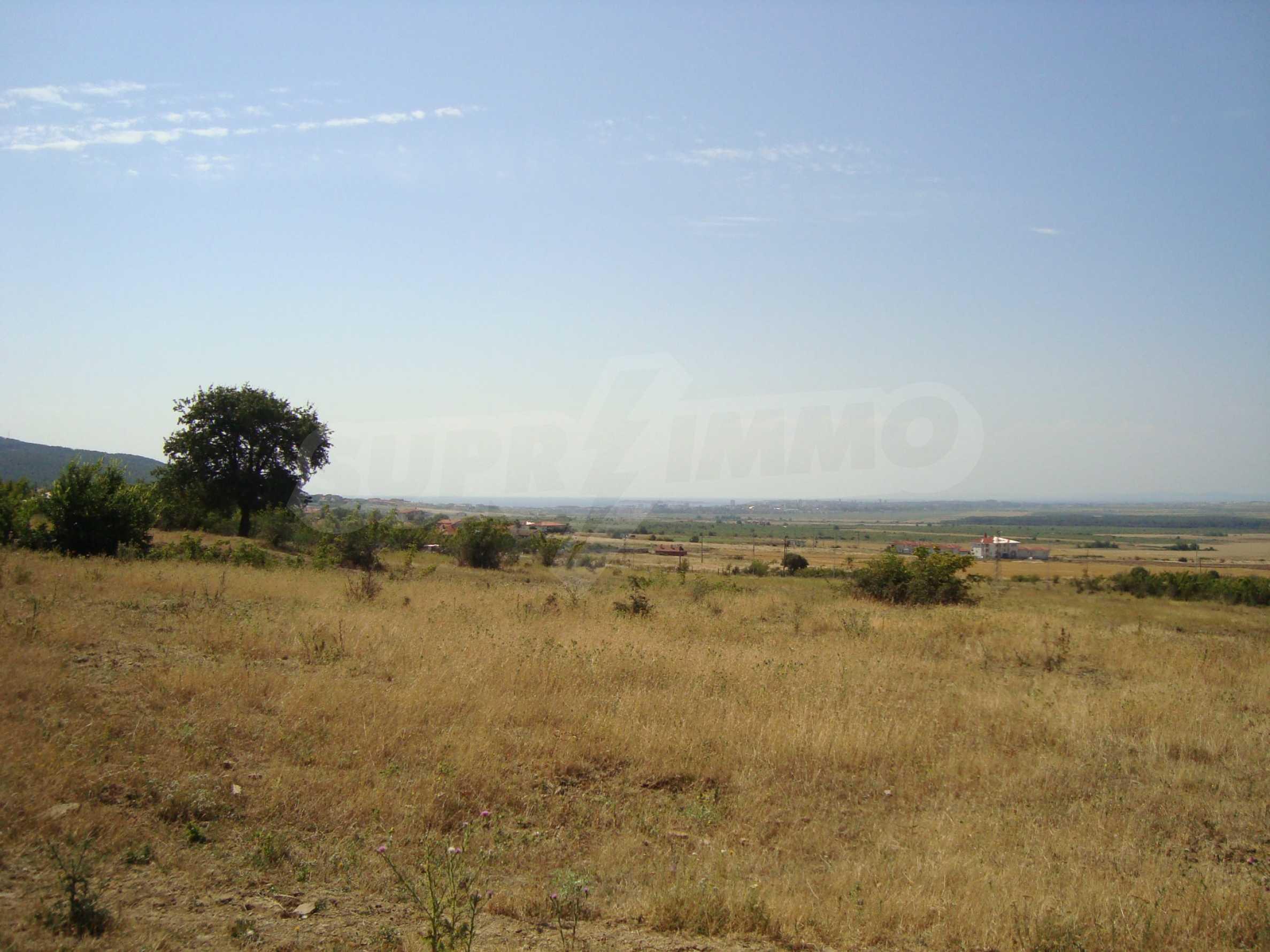 Vast plot of land for sale near Sunny Beach 8