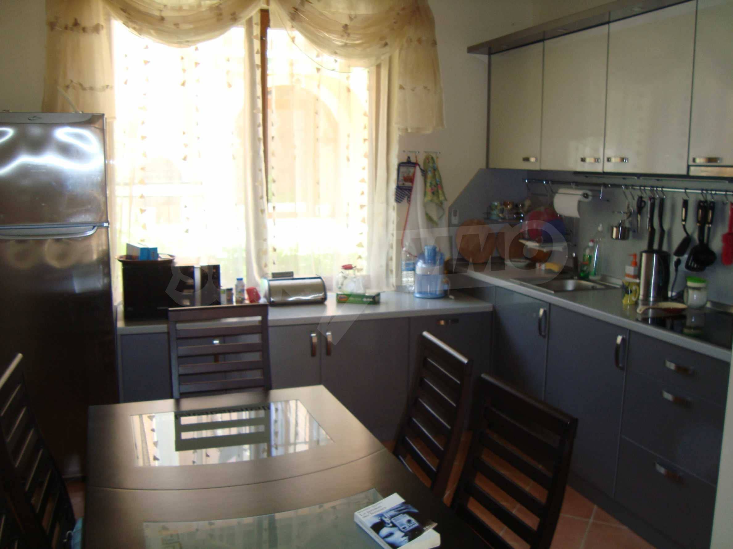 2-storey villa for sale in villa zone Elenite 13