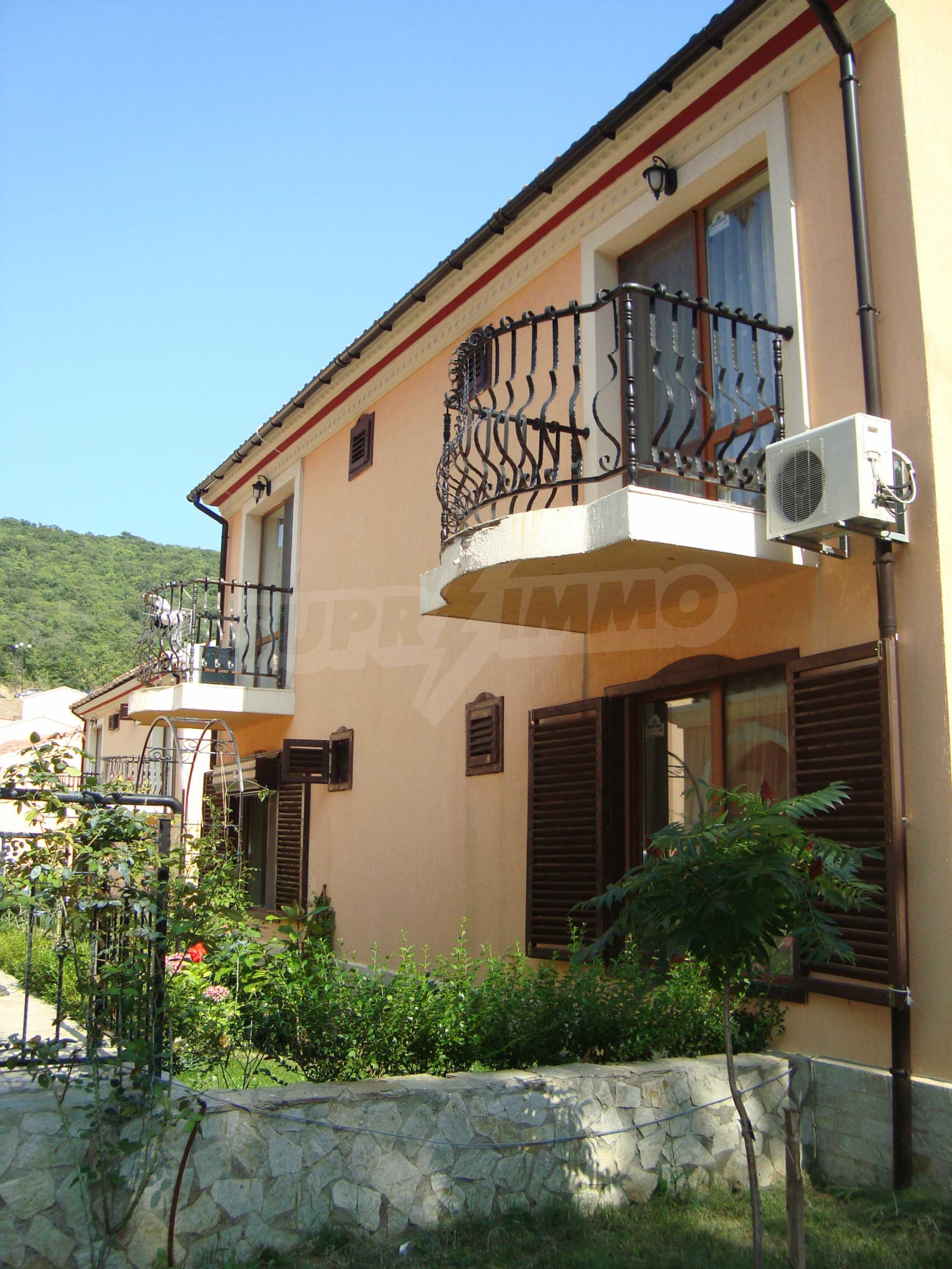 2-storey villa for sale in villa zone Elenite 2