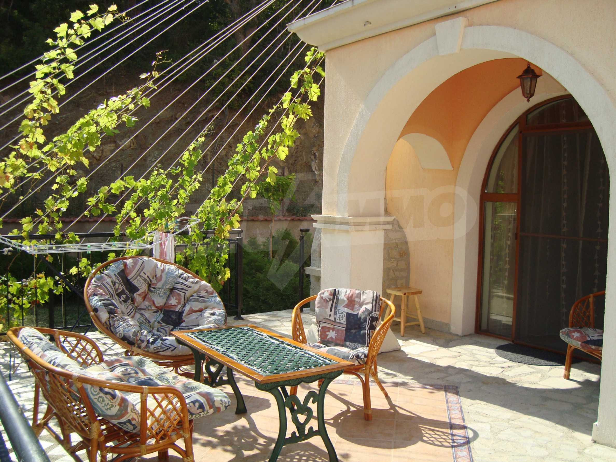 2-storey villa for sale in villa zone Elenite 6