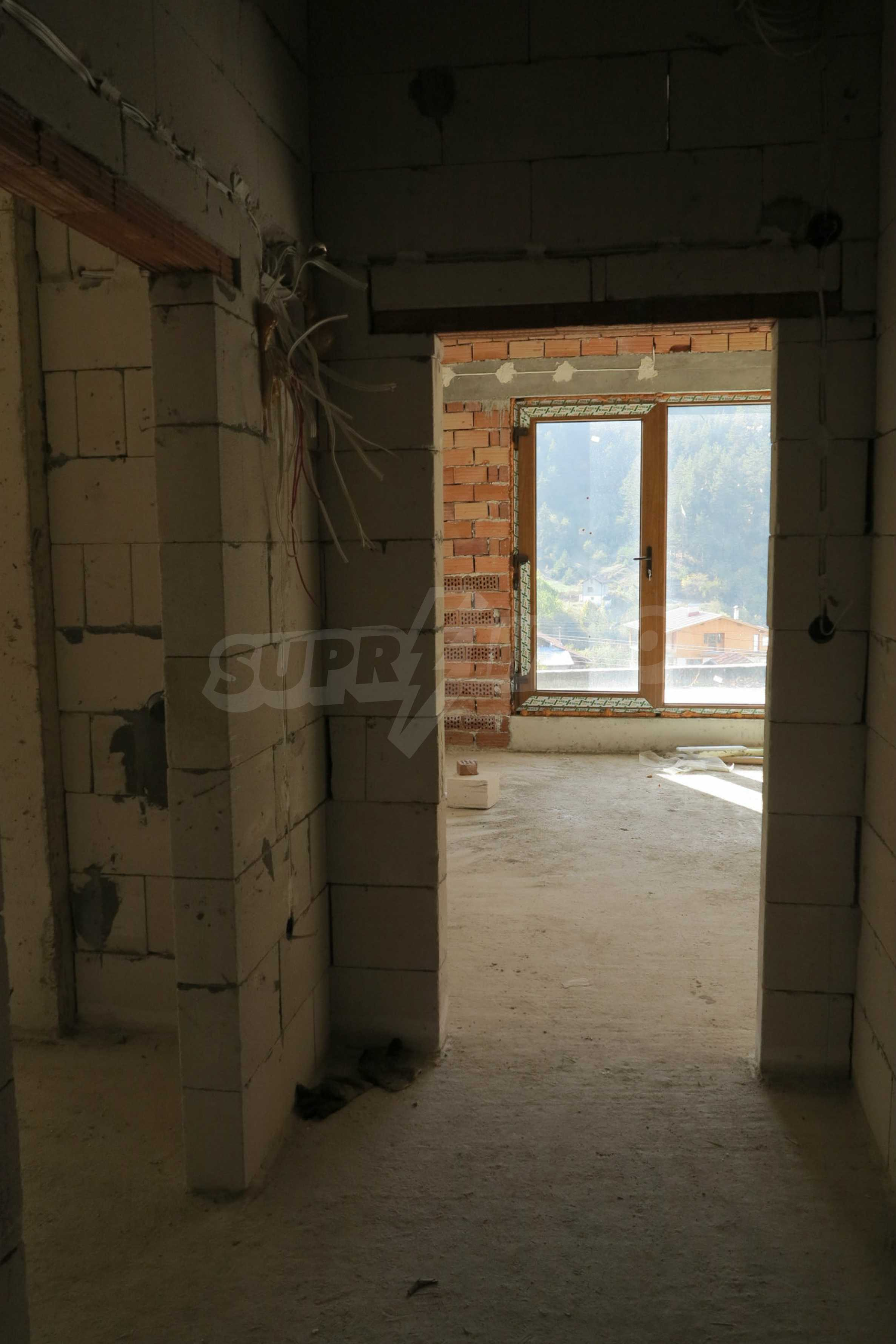 Big house with restaurant near the ski resort of Borovets 24