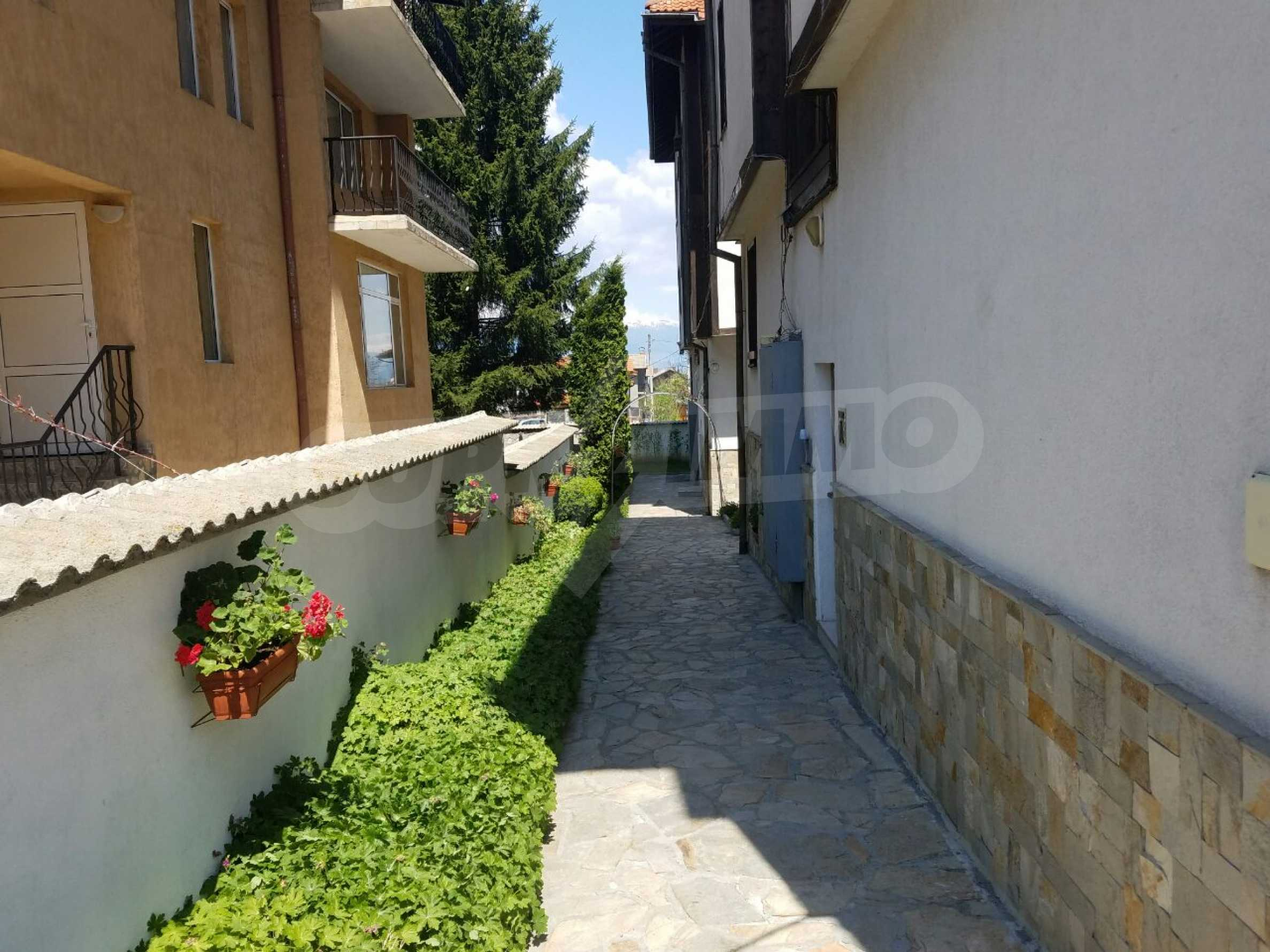 Fully furnished and equipped two-level apartment near the center of Bansko ski resort 8