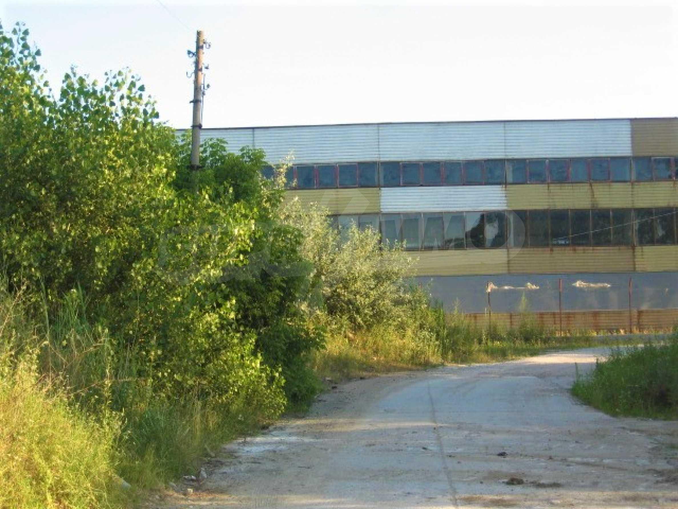 Участок под промышленное строительство в Южной индустриальной зоне г. Видин 3