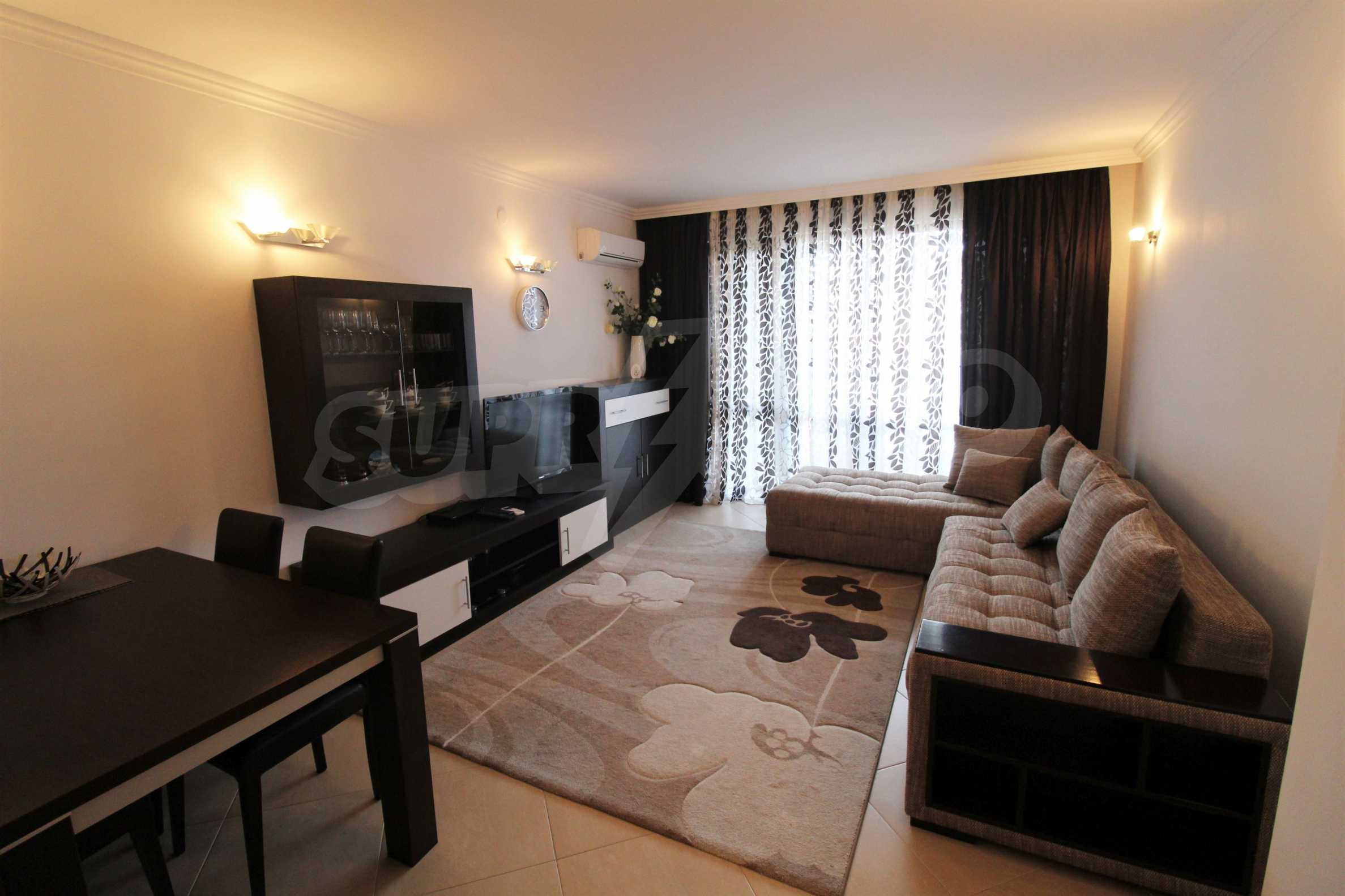 One-bedroom apartment in an elite complex on Oasis beach 2