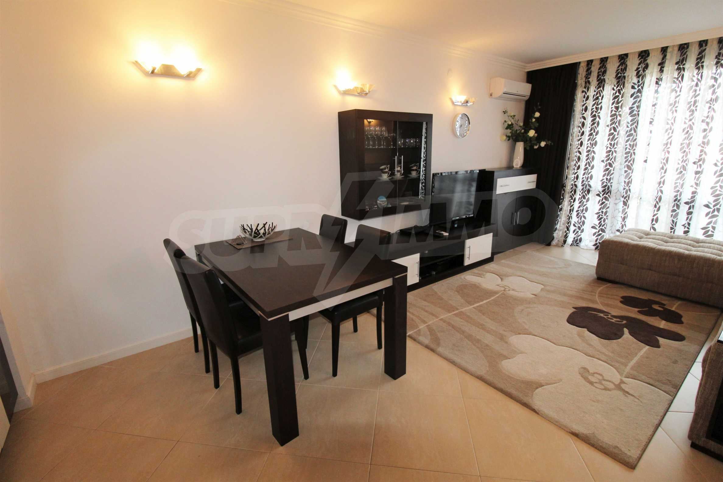 One-bedroom apartment in an elite complex on Oasis beach 3