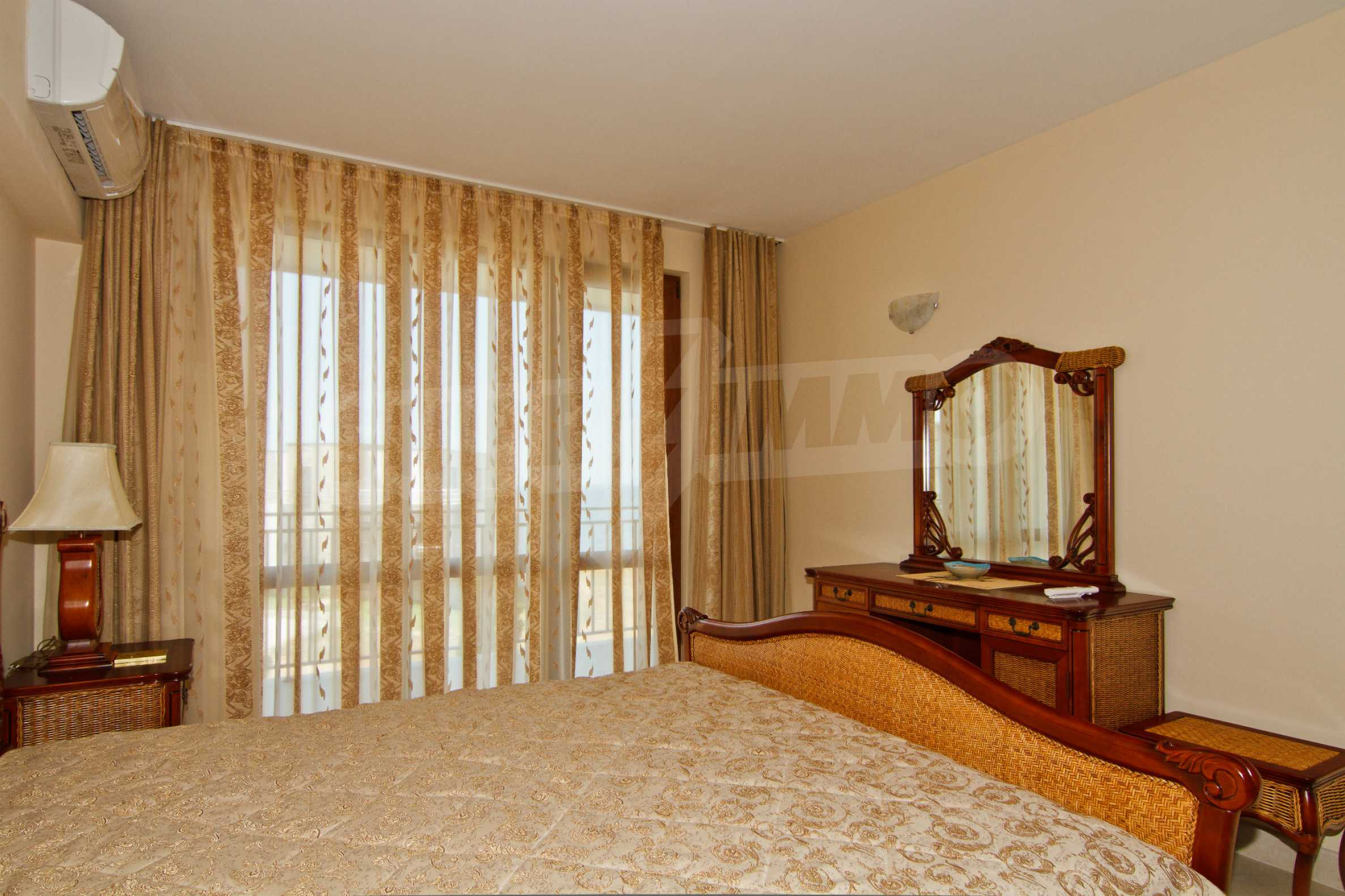 Complex of 4 townhouses for sale in Sozopol 11