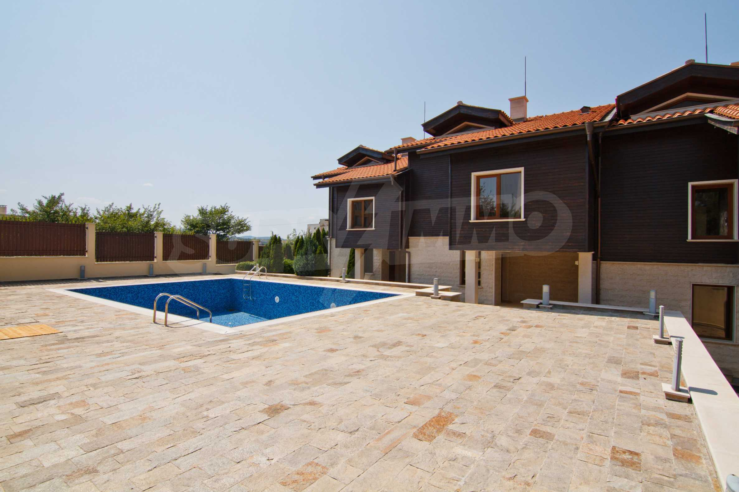 Complex of 4 townhouses for sale in Sozopol 1