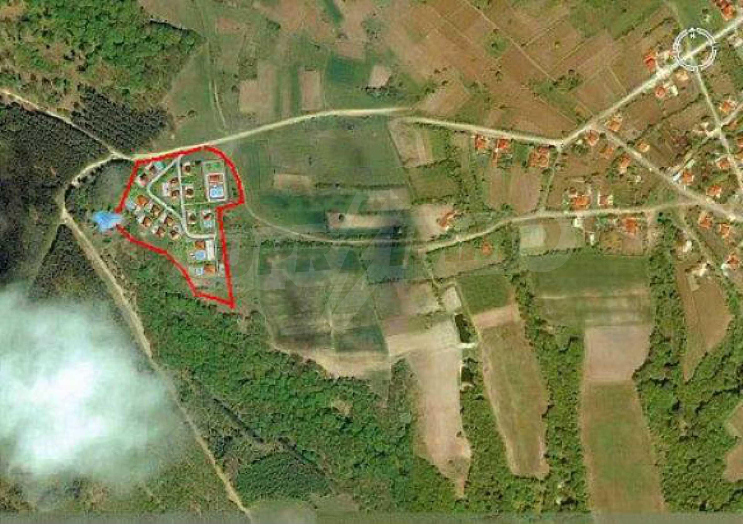 Buildng land in the village Rudnik 9