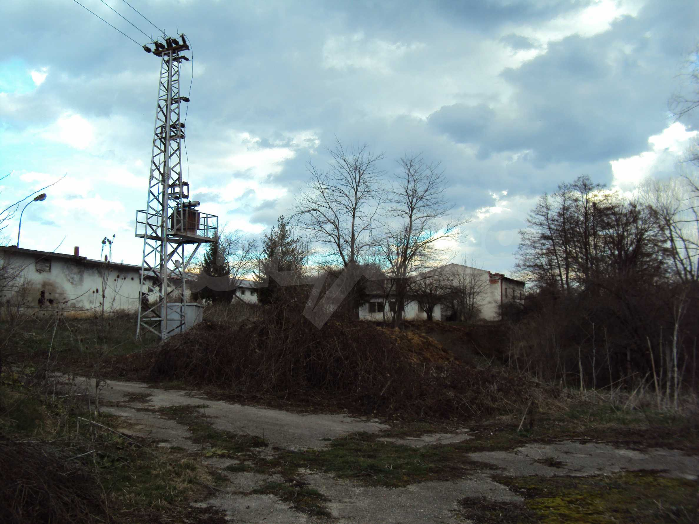 Farm in a small town 24 km from Veliko Tarnovo 20