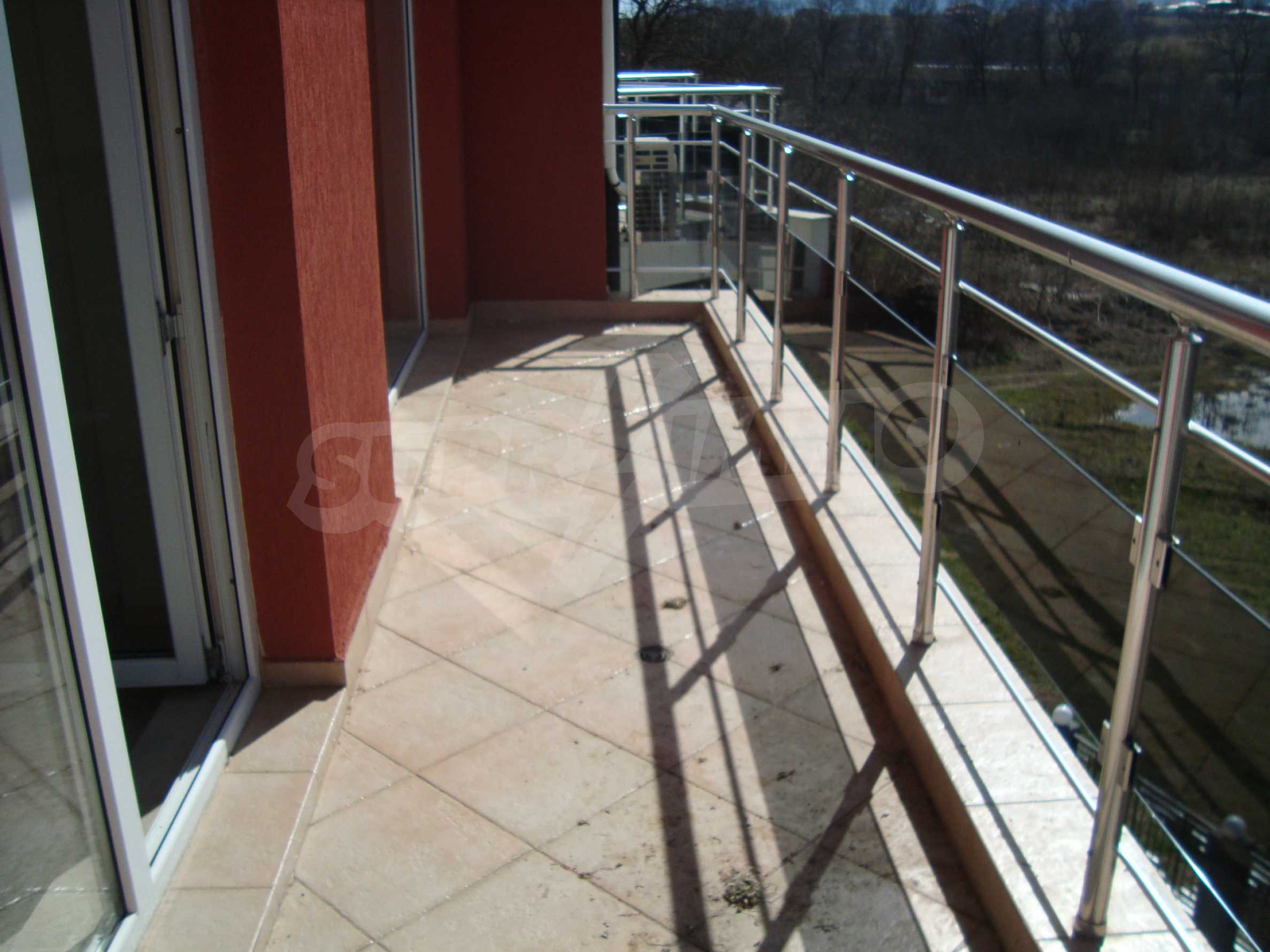 One-bedroom apartment in Emberli complex in Lozenets 10
